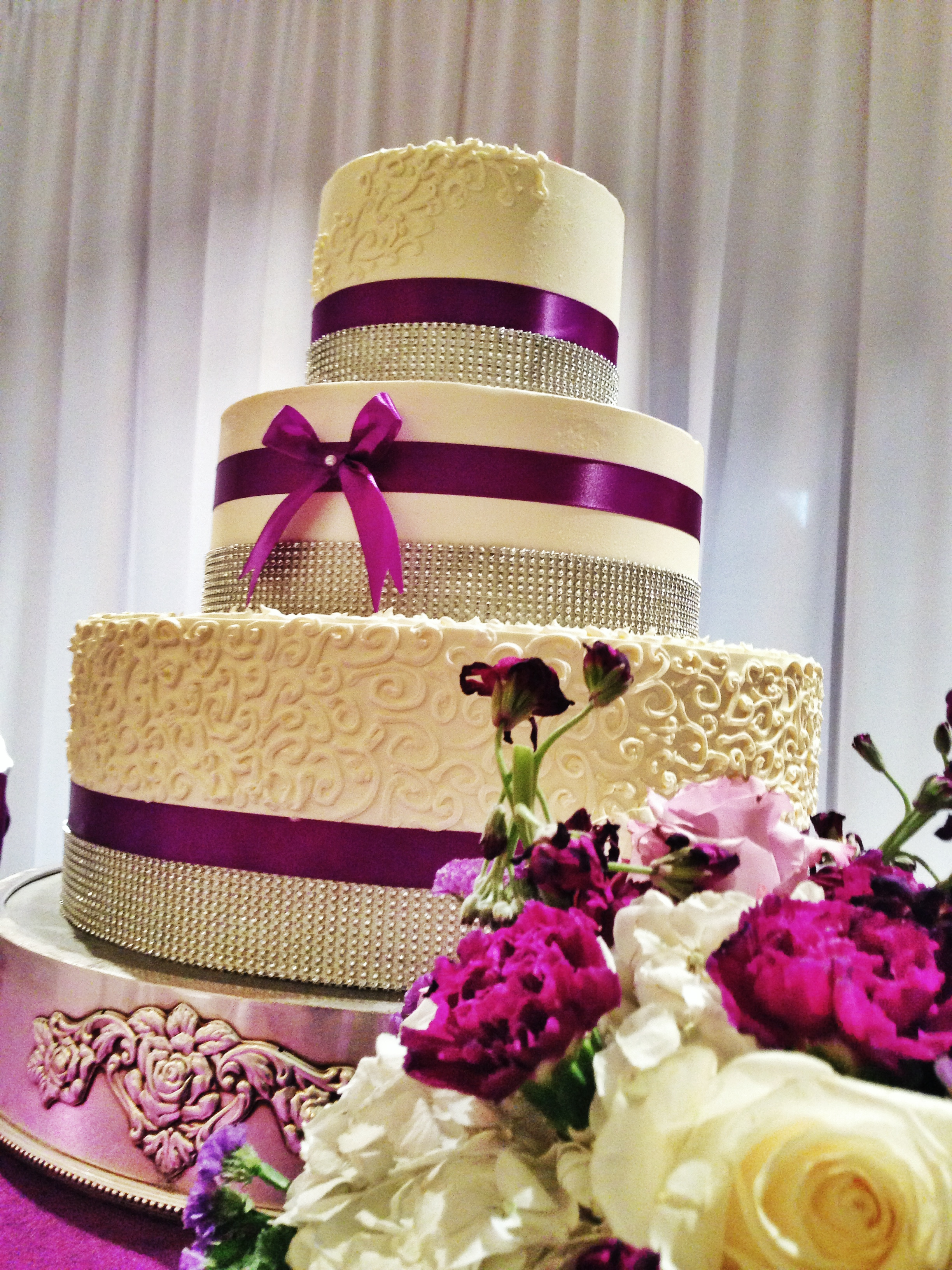 mike-ashley-wedding-cake