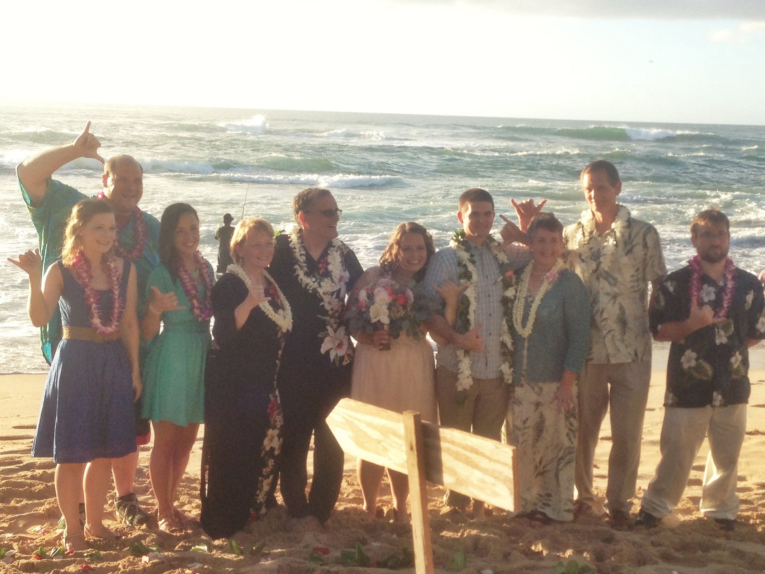 jacqueline-caleb-north-shore-sunset-wedding-family-shaka