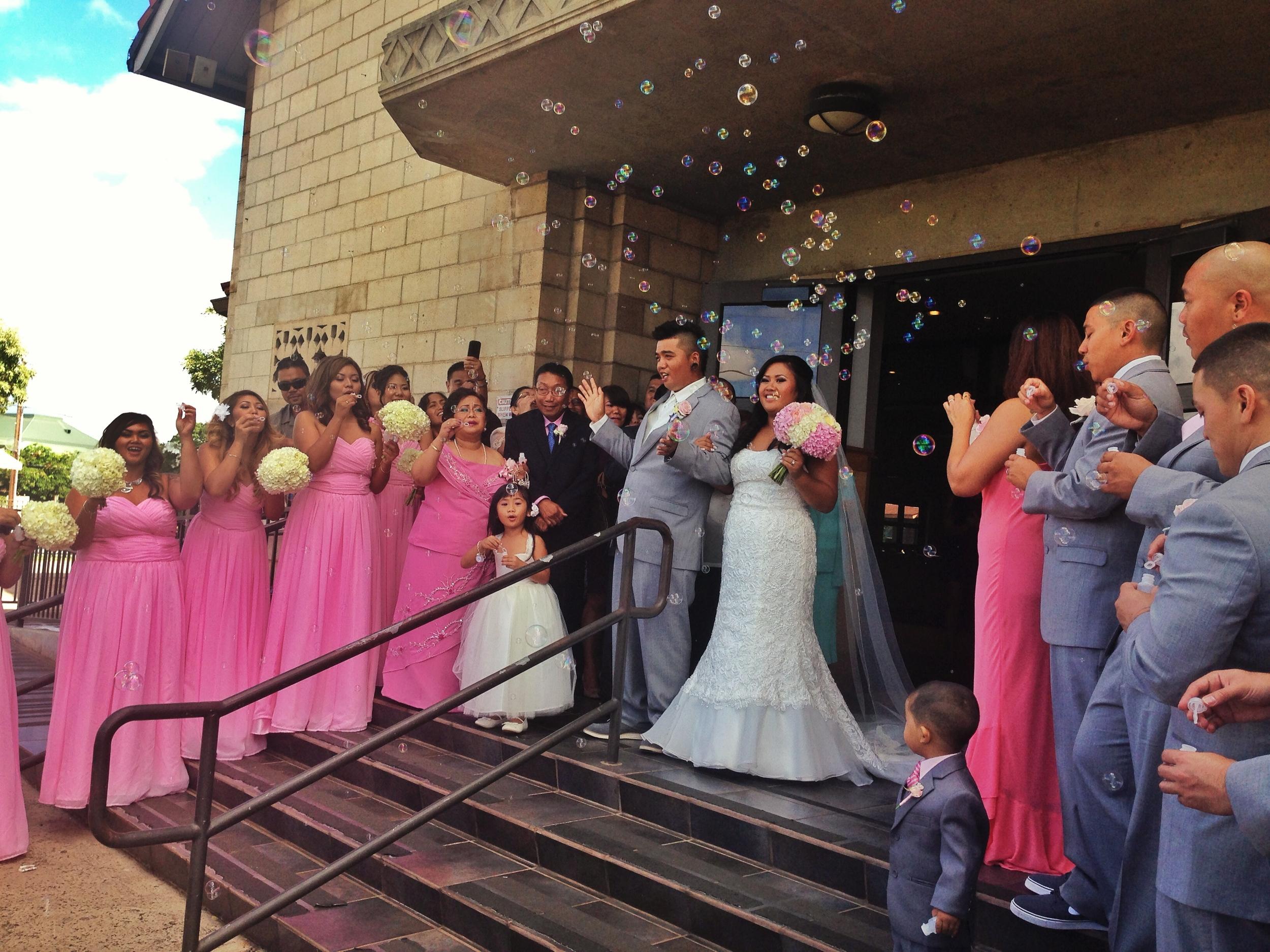 ceremony-bubbles