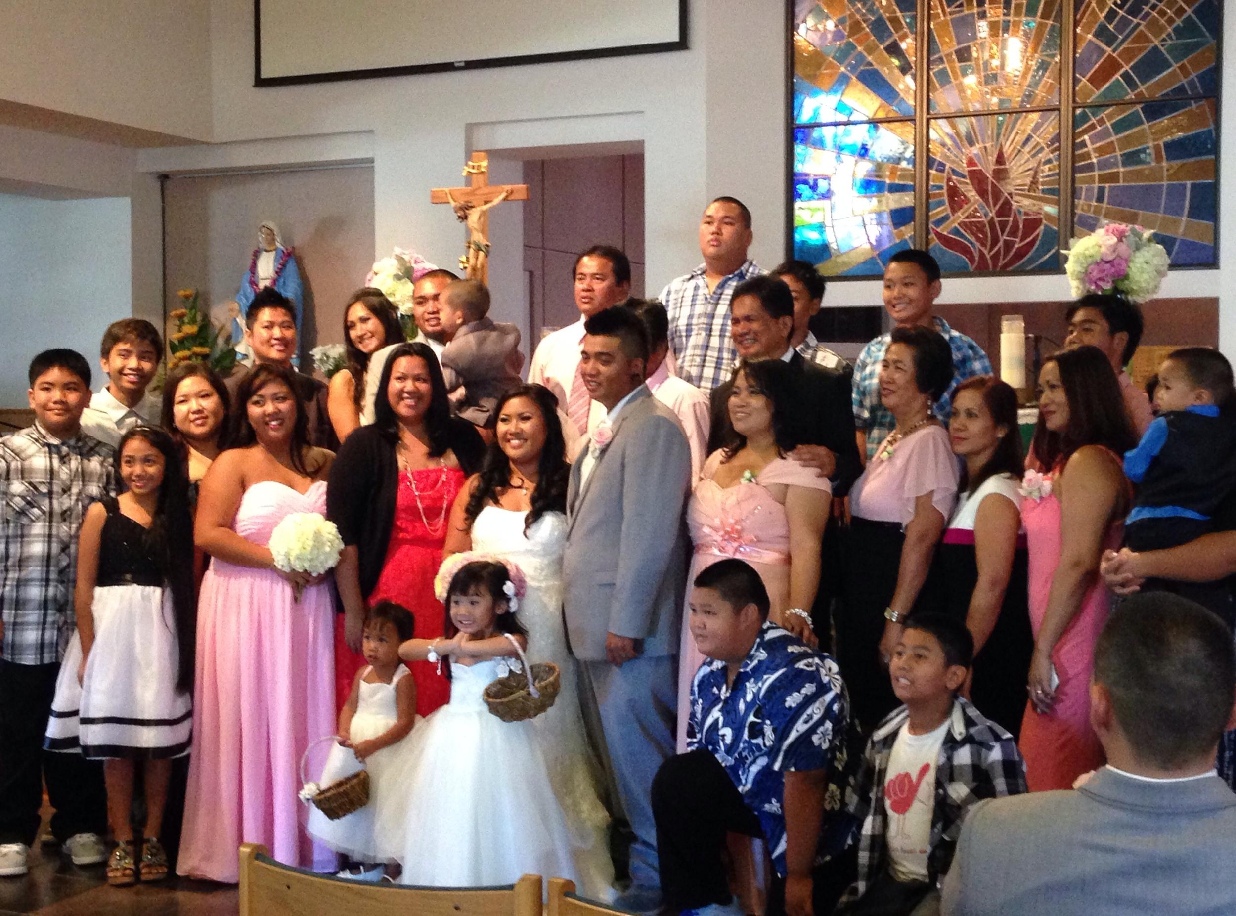 15-church-oahu-wedding-party.JPG