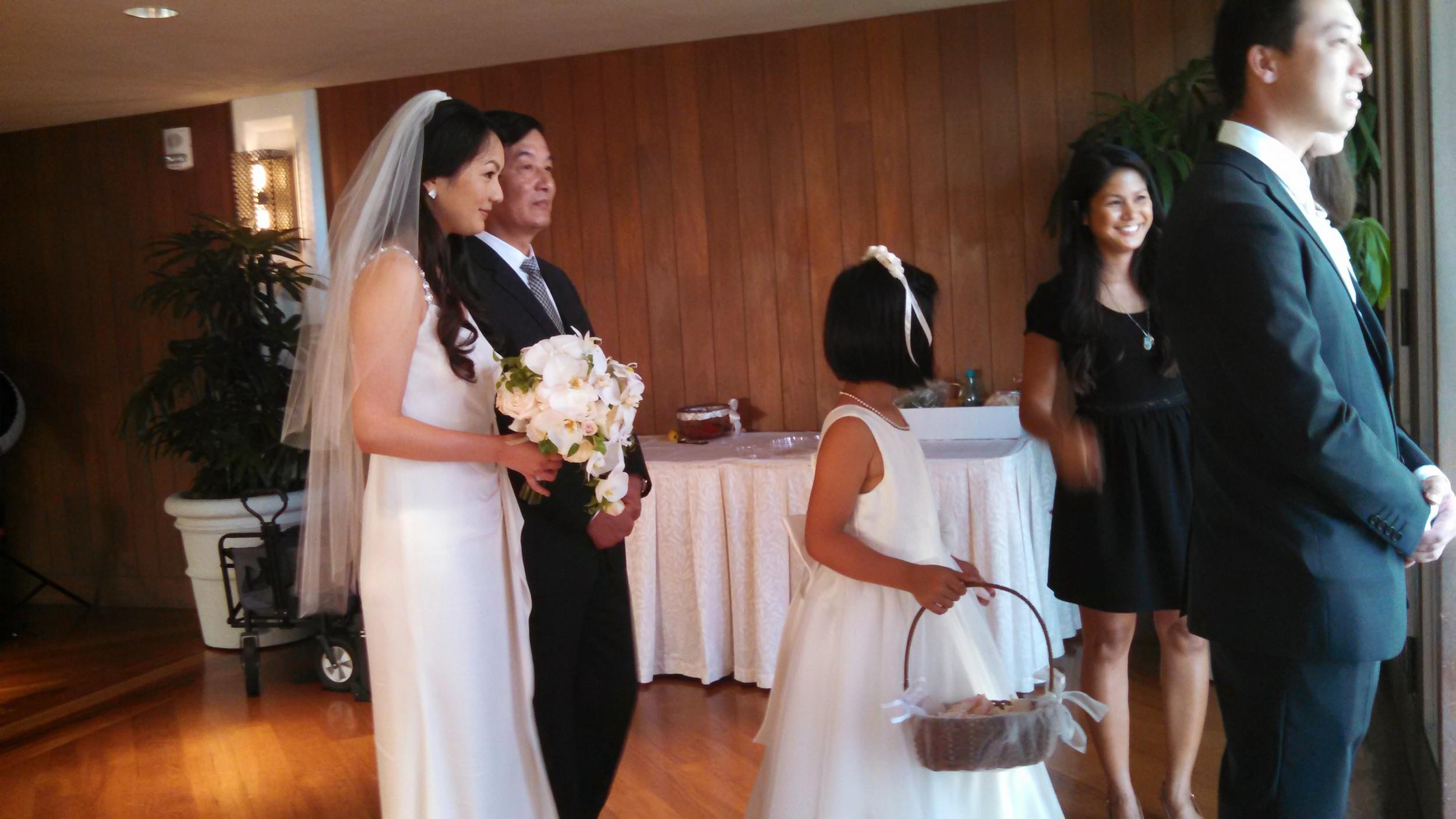 5-waikiki-hawaii-wedding-ceremony.jpg