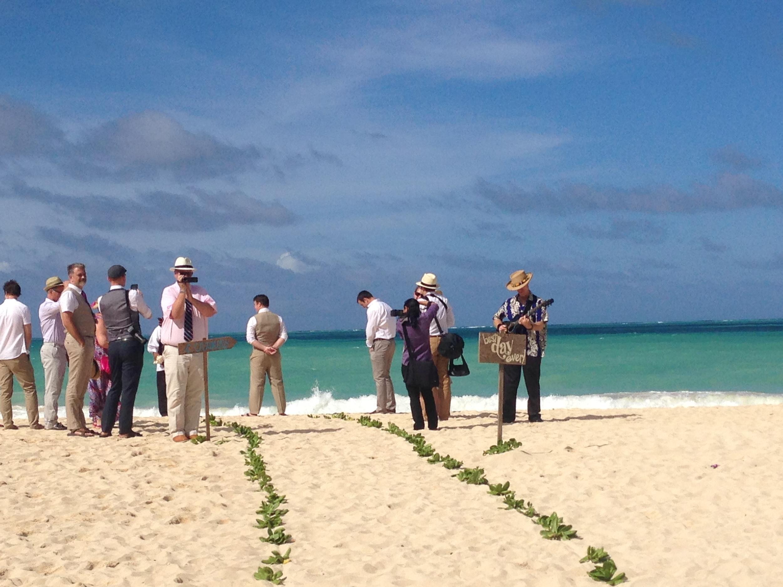 destination-beach-hawaii-wedding-1.JPG