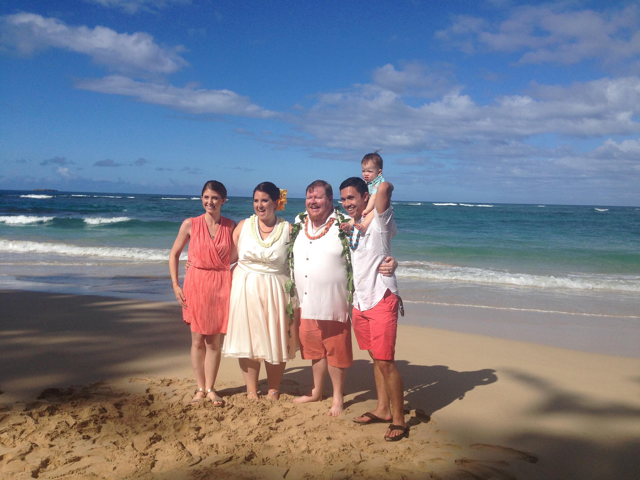 14-beach-wedding-hawaii.JPG