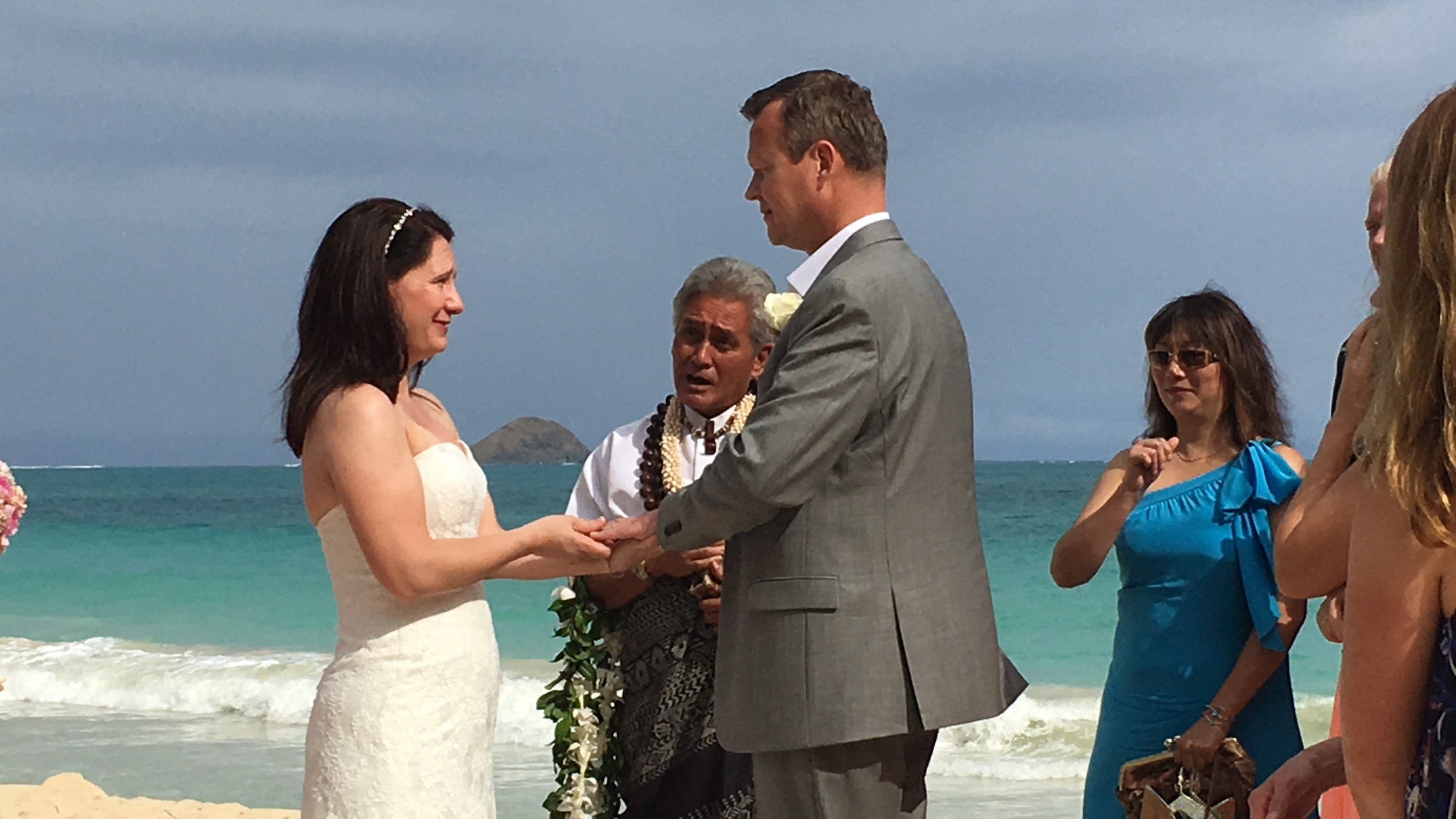 17-waimanalo-beach-ceremony.JPG