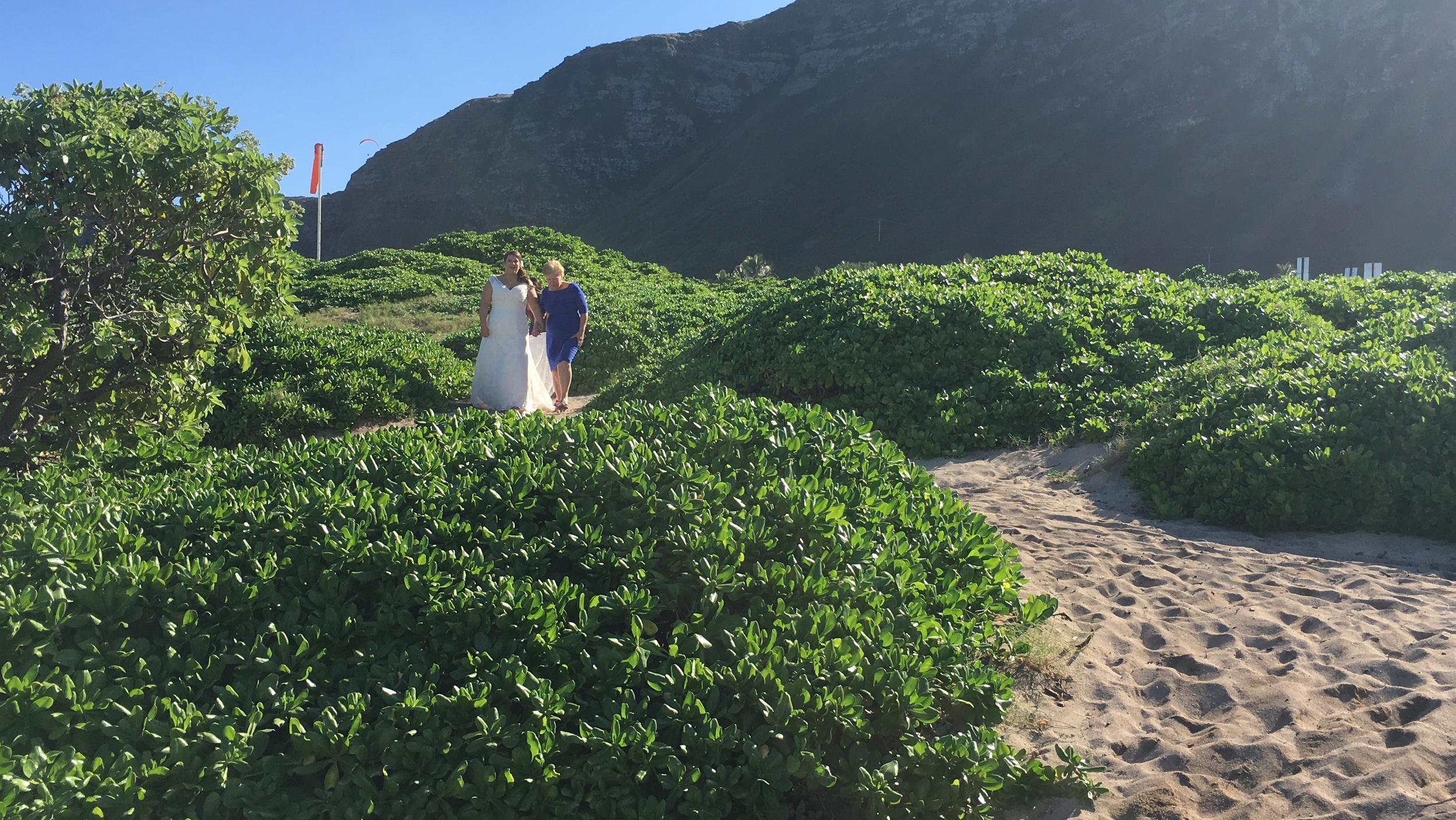 7-makapuu-beach-oahu-wedding.JPG