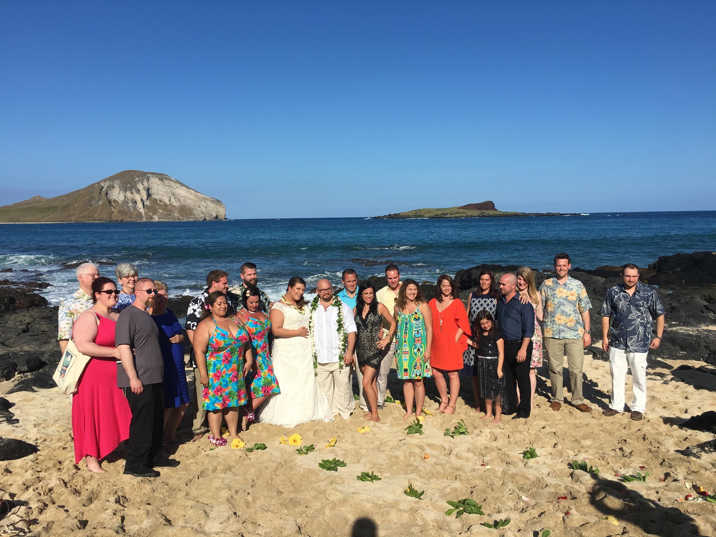 31-small-hawaii-beach-wedding.JPG