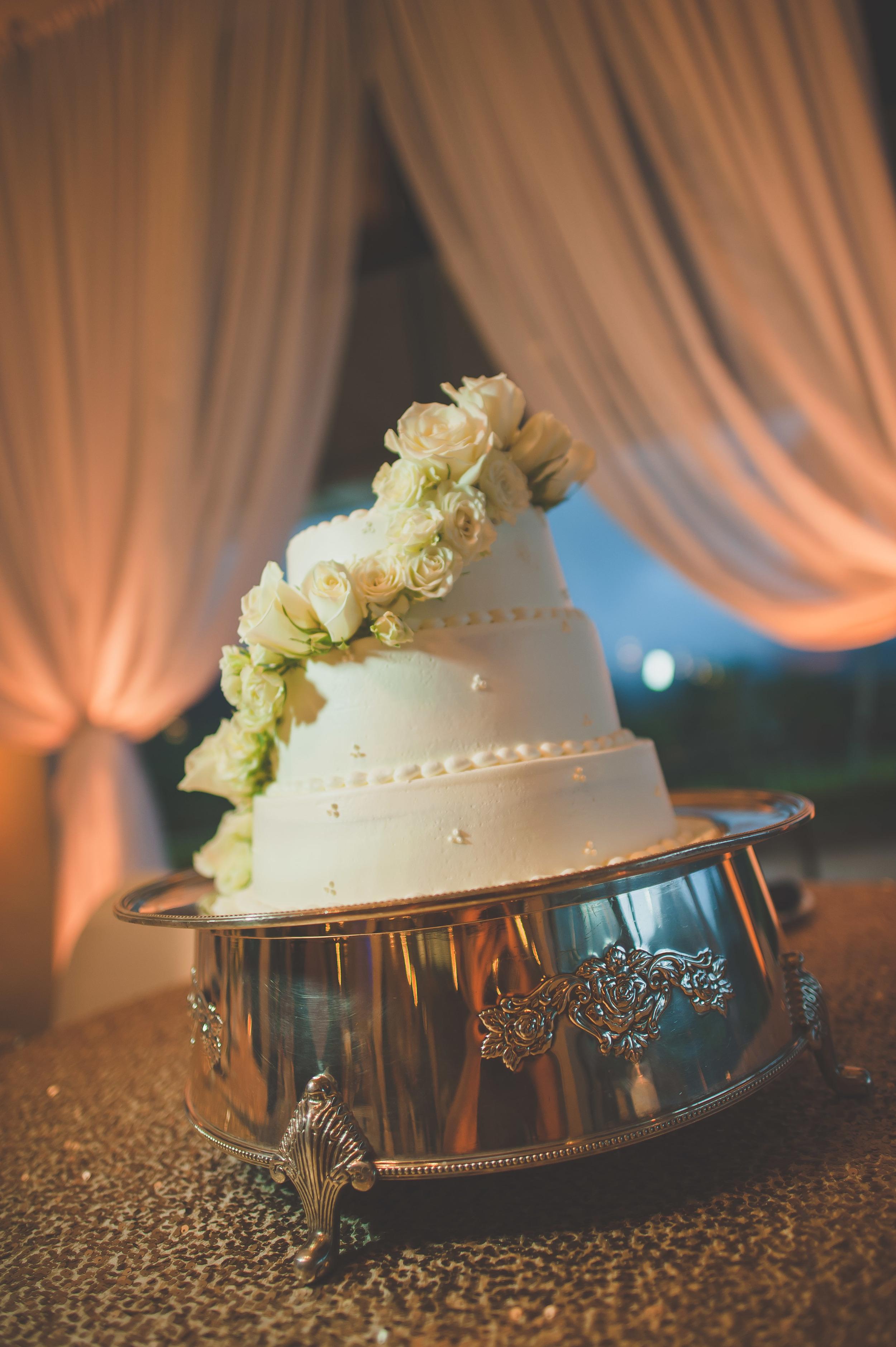 36-hawaii-koolau-ballroom-wedding.JPG