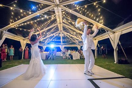 hawaii-dancing-wedding
