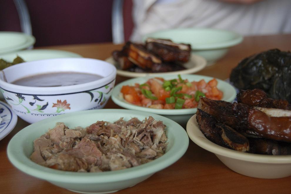 Helenas-Hawaiian-Food