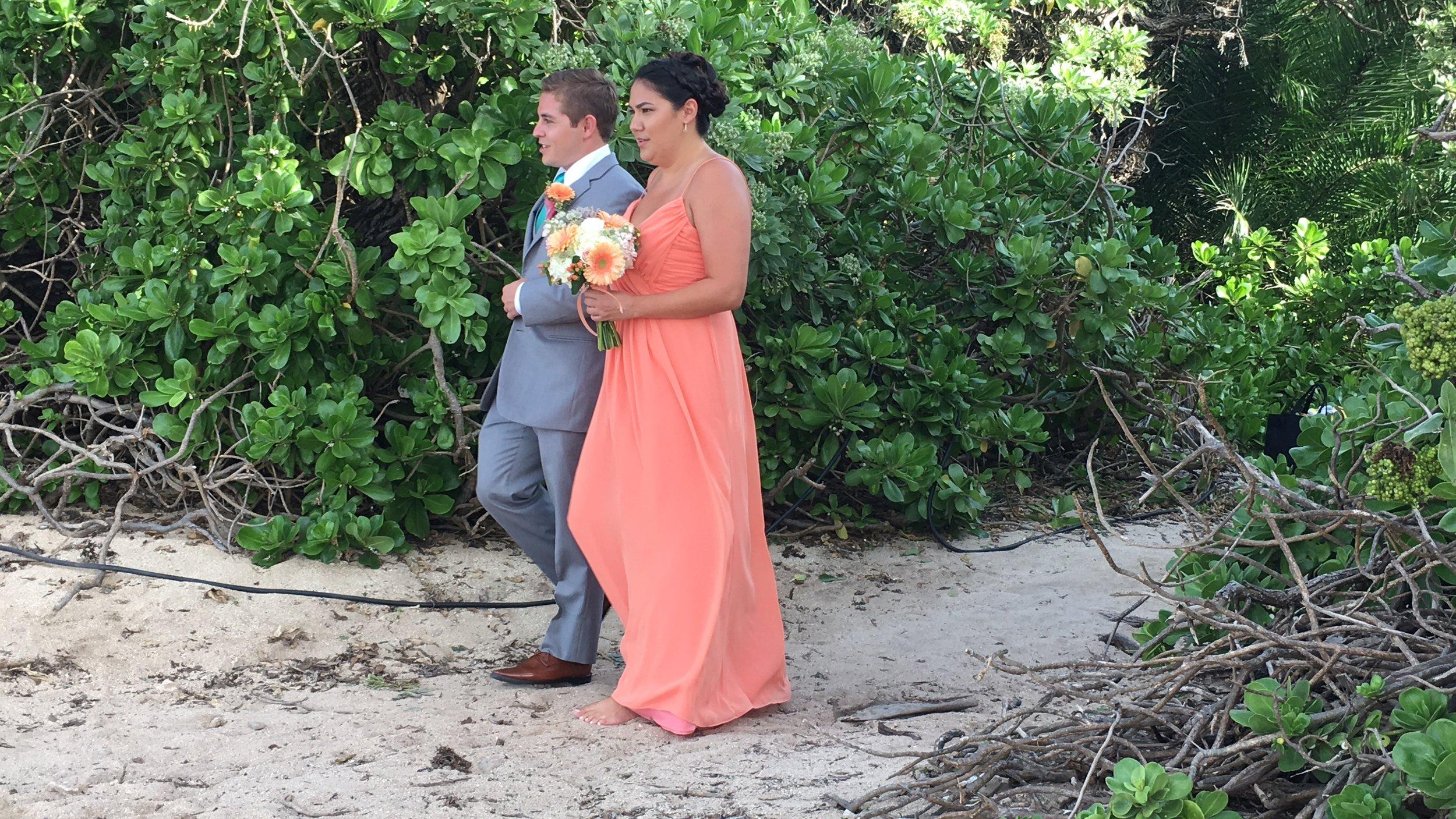 hawaii-bridemaids