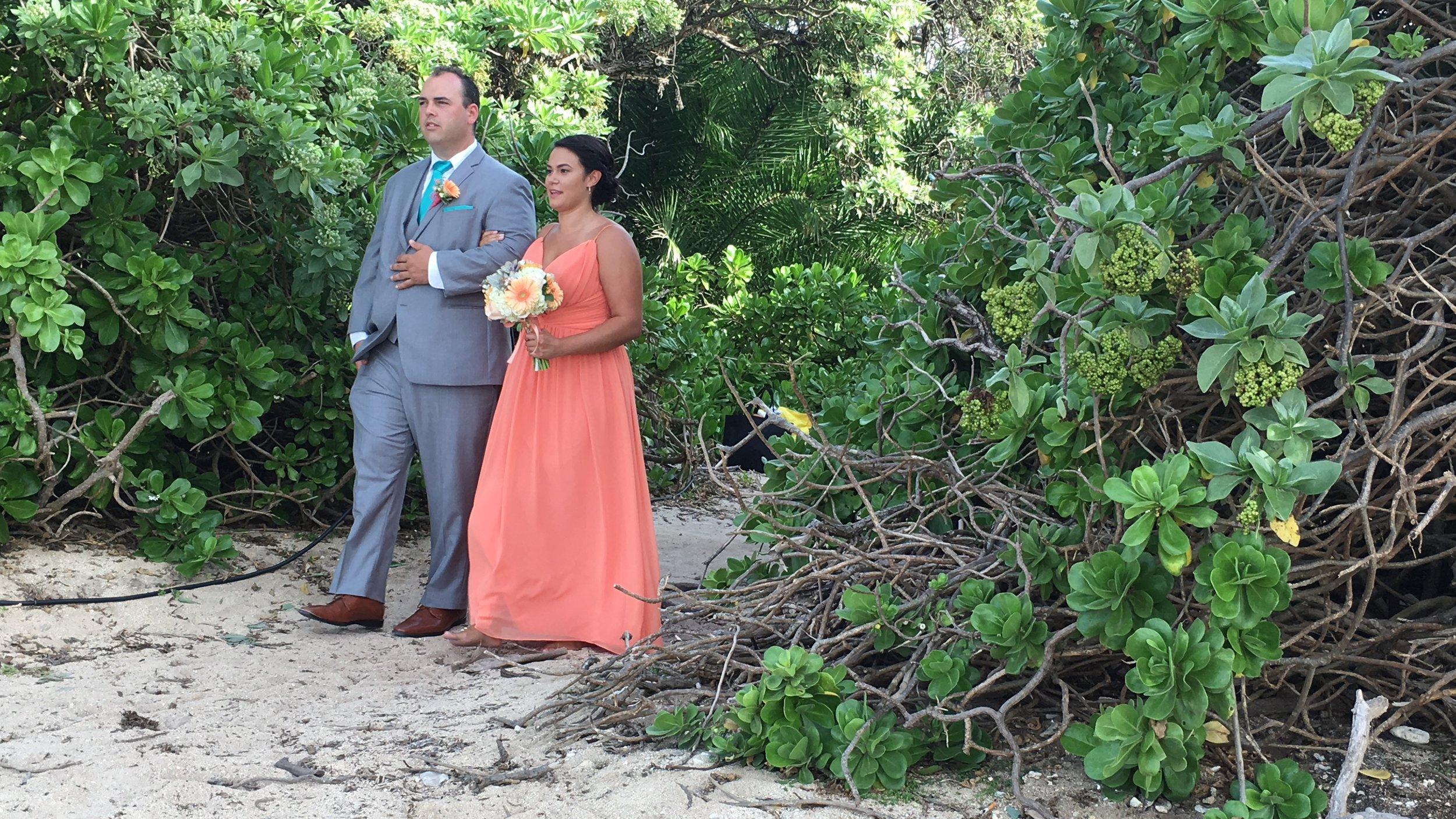 hawaii-bridemaid