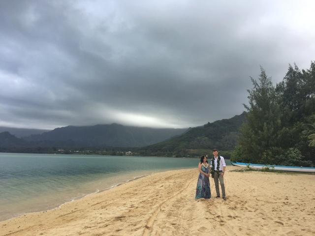 kualoa-ranch-secret-island-beach-wedding-1.jpg