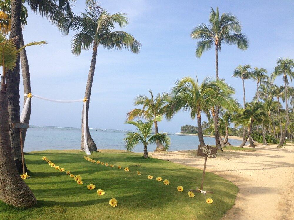 hawaii-beach-wedding-3.jpeg