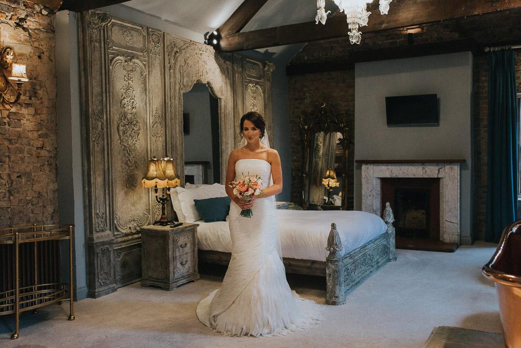 Le Petit Chateau Wedding Photographer-24.jpg