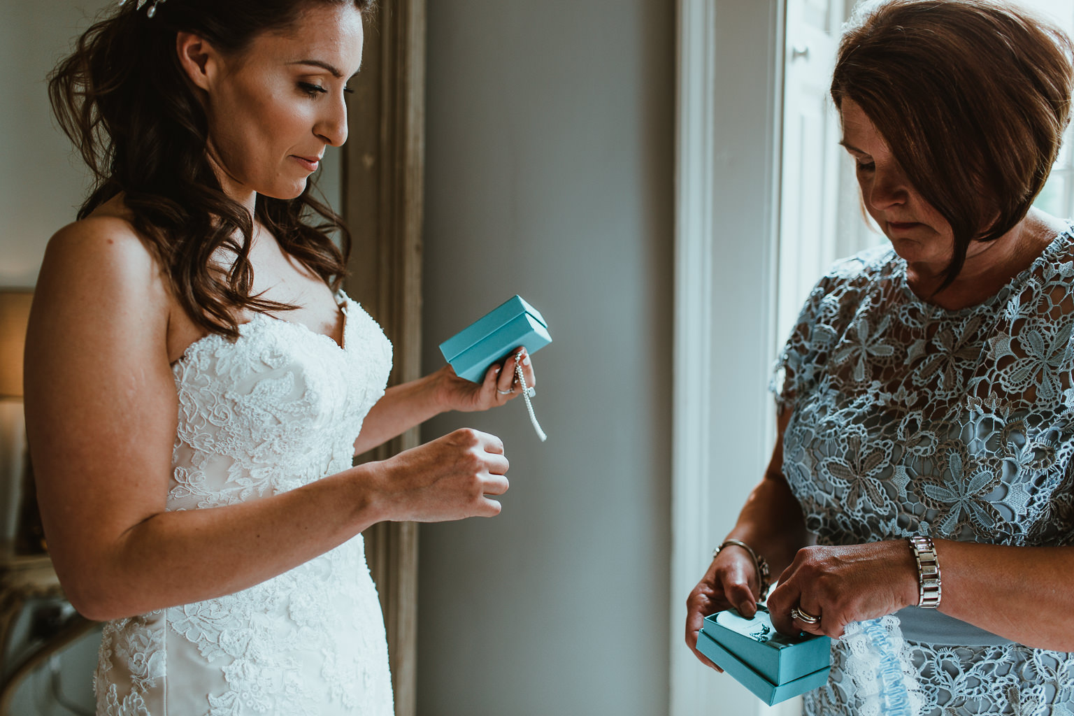 Newton Hall Wedding Photographer-23.jpg