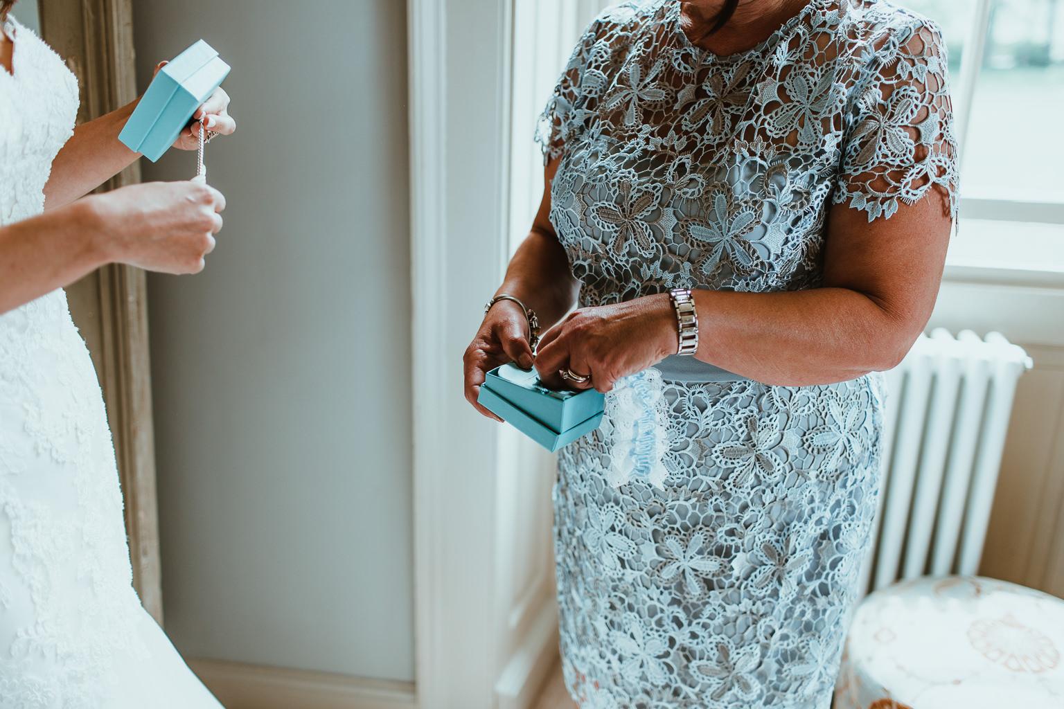 Newton Hall Wedding Photographer-24.jpg
