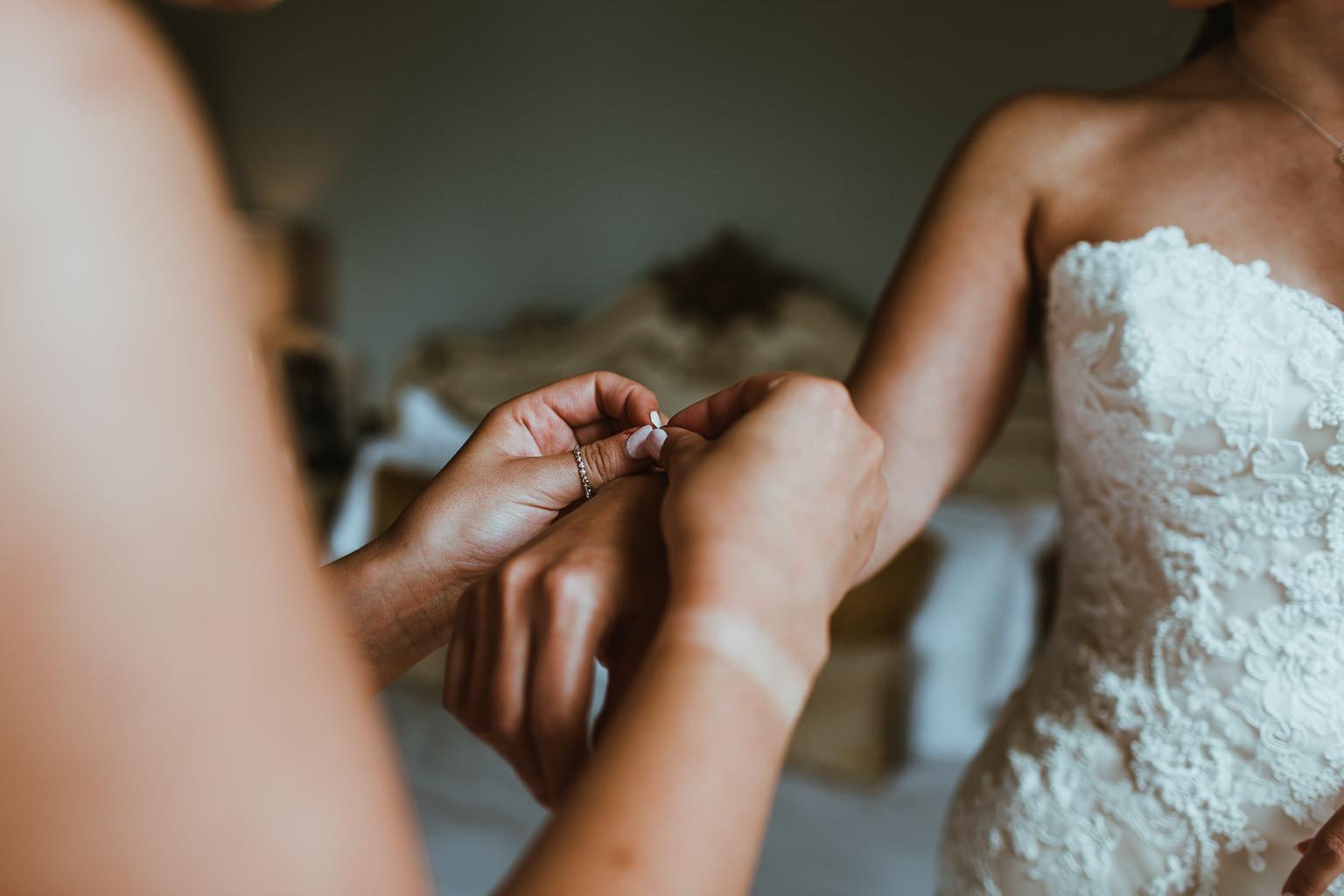 Newton Hall Wedding Photographer-25.jpg