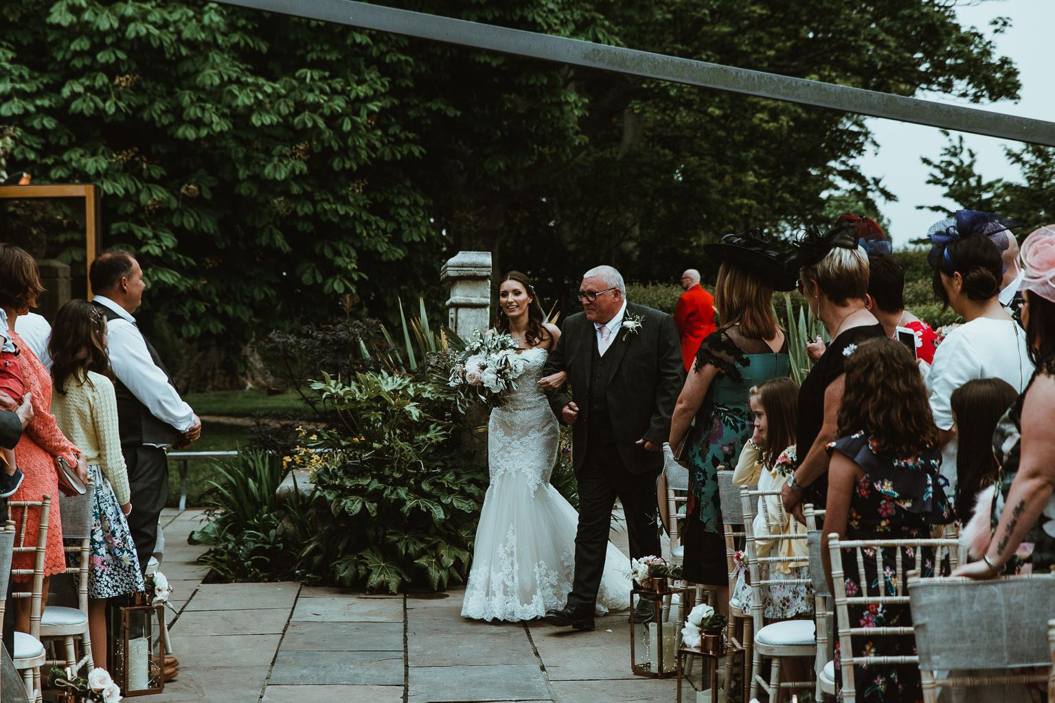 Newton Hall Wedding Photographer-43.jpg