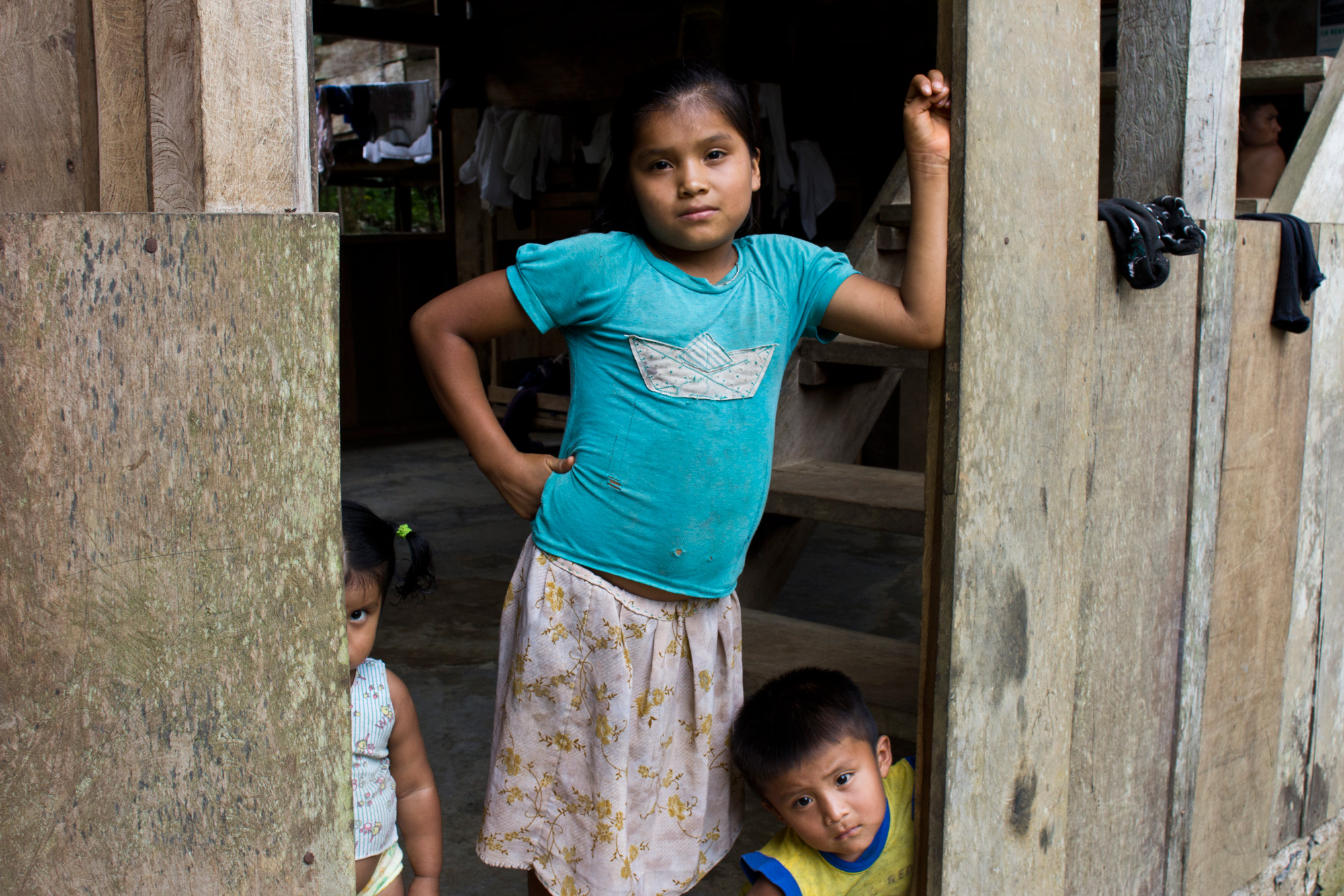 Children view us skeptically as their father instructs us that the path changed recently due to rainy season flooding. It was the first time the littlest ones had seen foreigners in their village, Norteña.