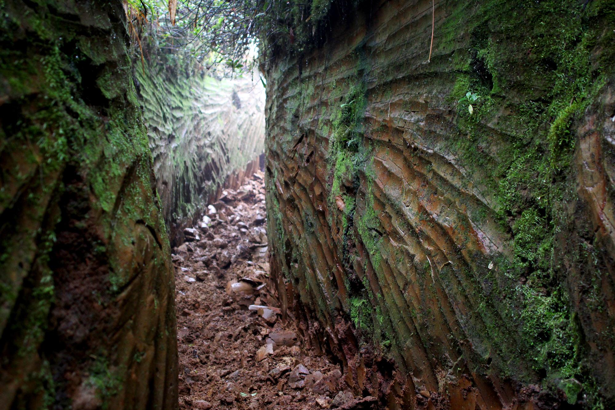 D5-Rock-Cavern-2-2000.jpg