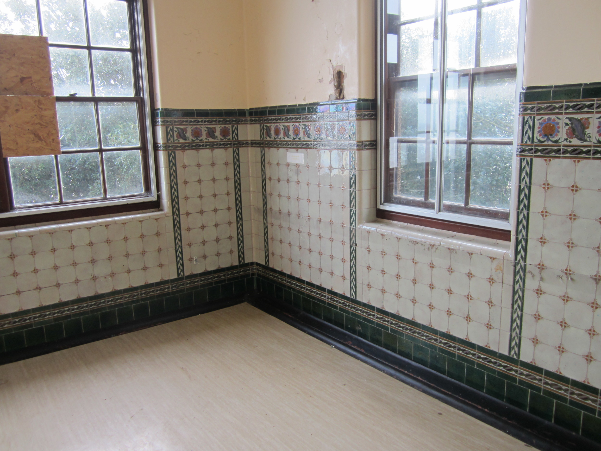 The existing tiling in the former wards of the Bartlet Hospital has been preserved and protected behind carefully constructed panelling which ensures its preservation with the conversion to residential units.