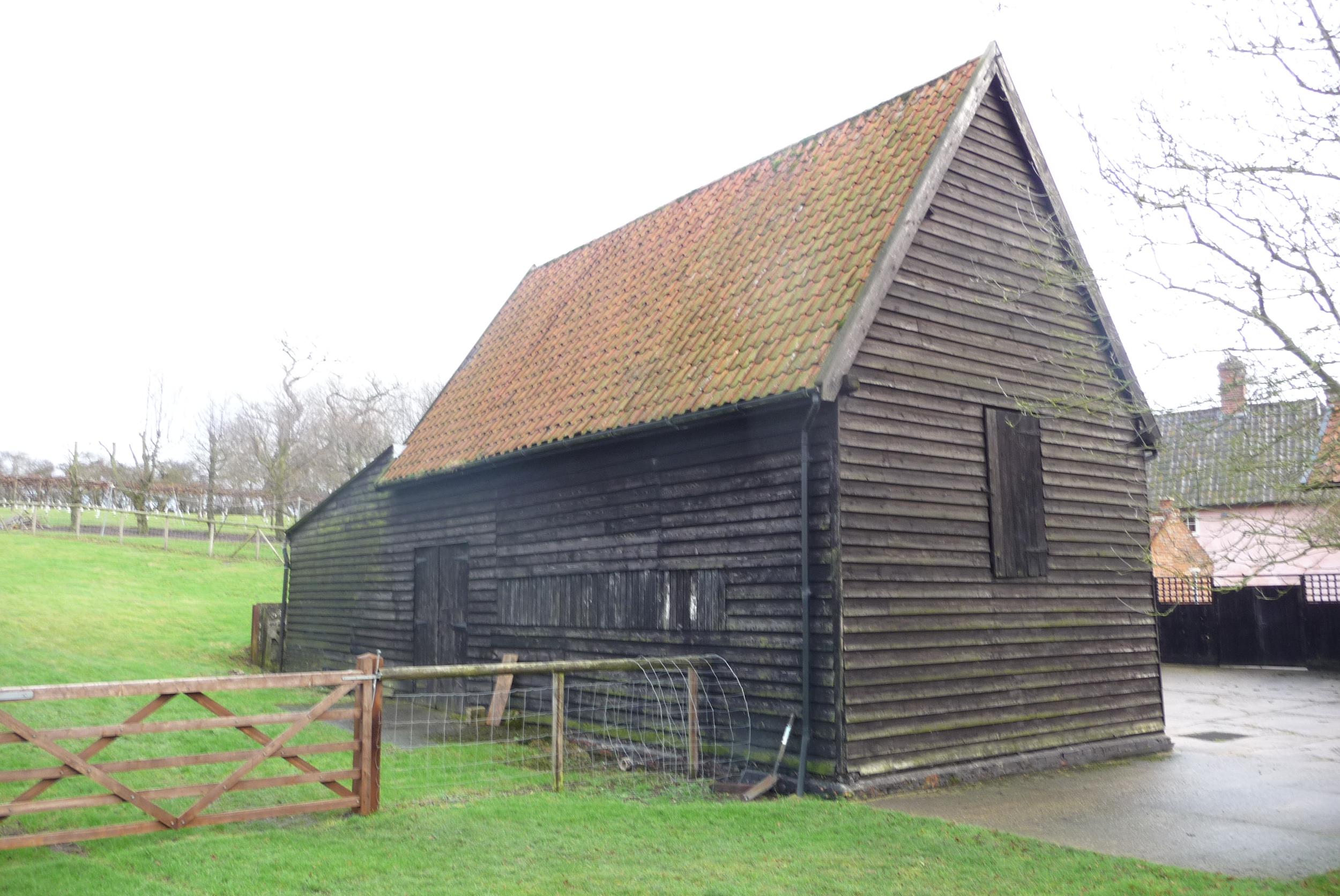The existing barn, prior to its conversion.