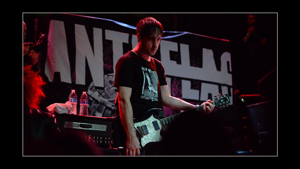 Anti-Flag 3.1.16_ HiRes_Calibree (144 of 154) logo.jpg