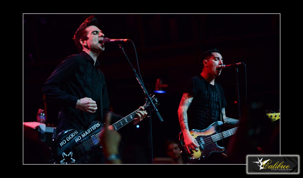 Anti-Flag 3.1.16_ HiRes_Calibree (143 of 154) logo.jpg