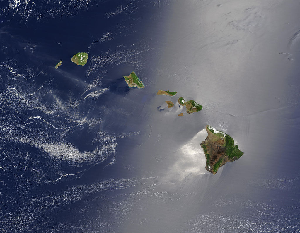 Sattelite image of the Hawaiian Archipelago. Image courtesy Jacques Descloitres, MODIS Land Rapid Response Team at NASA GSFC