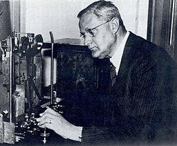 Felix Andries Vening Meinesz By Woodwalker at en.wikipedia