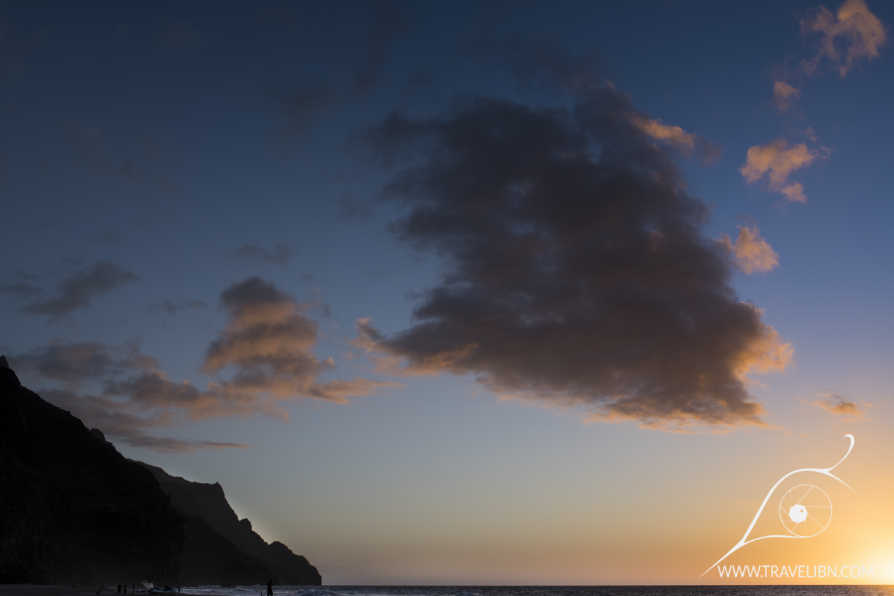 kalalau beach sunset.jpg