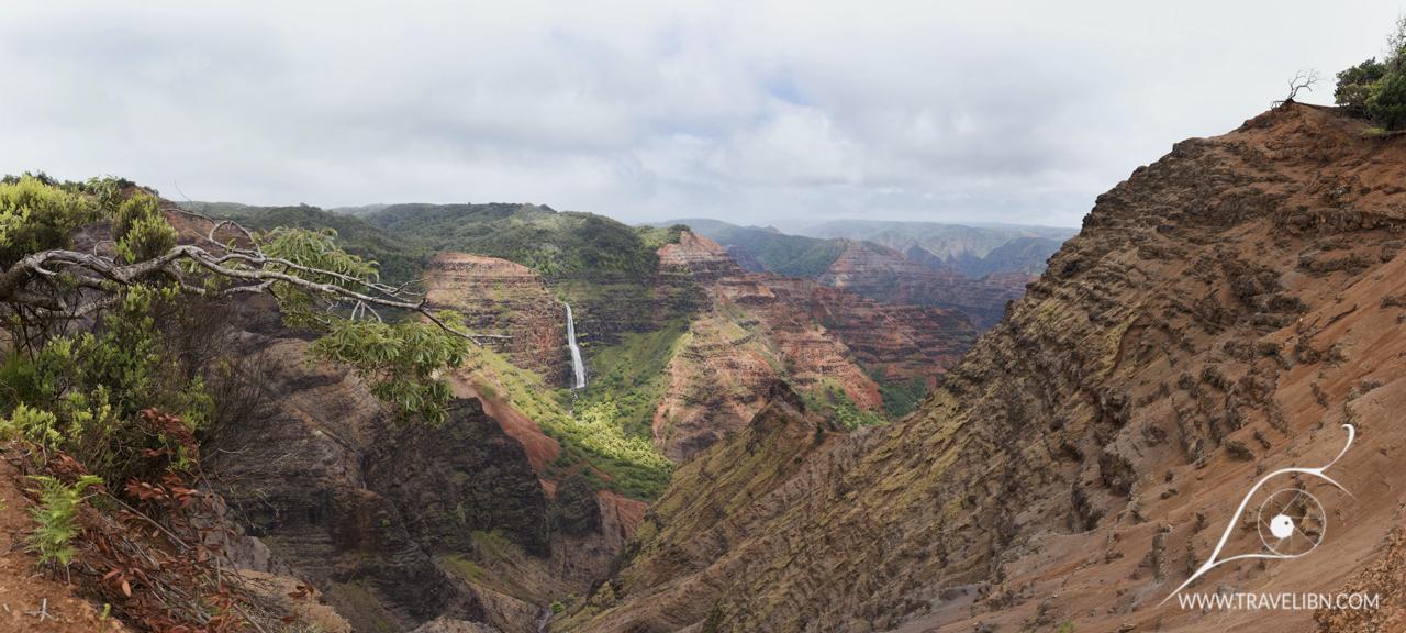 waipoo falls panorama 2.jpg