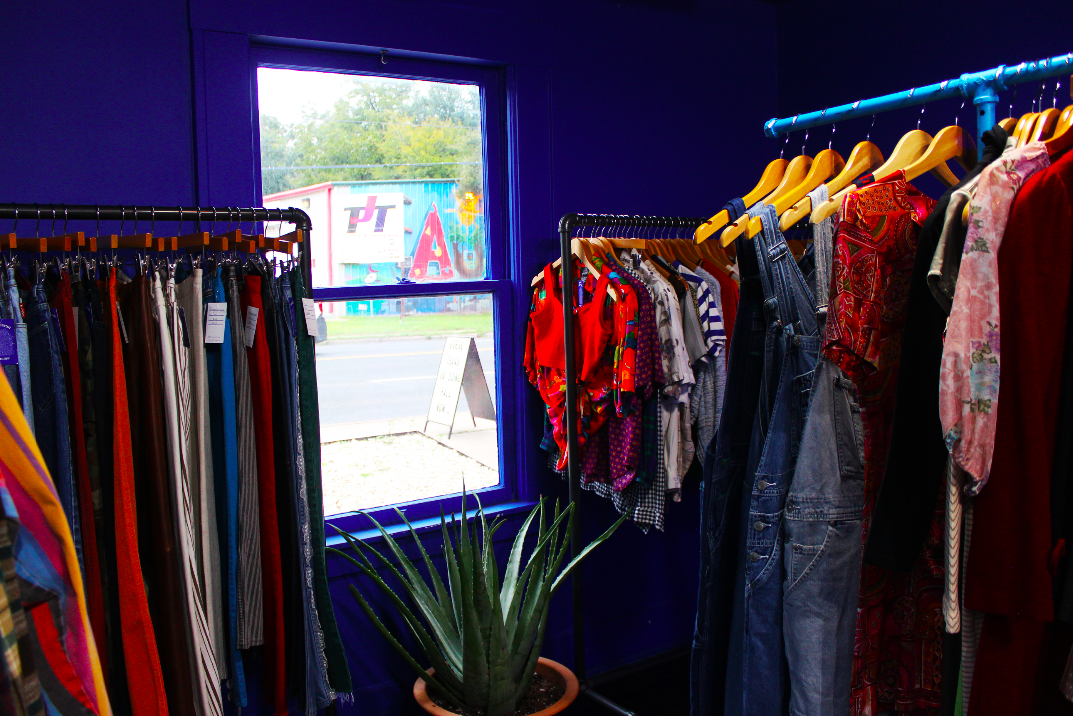 PASSPORT Vintage shows versatility in their collection, carrying clothes for all seasons and occasions.