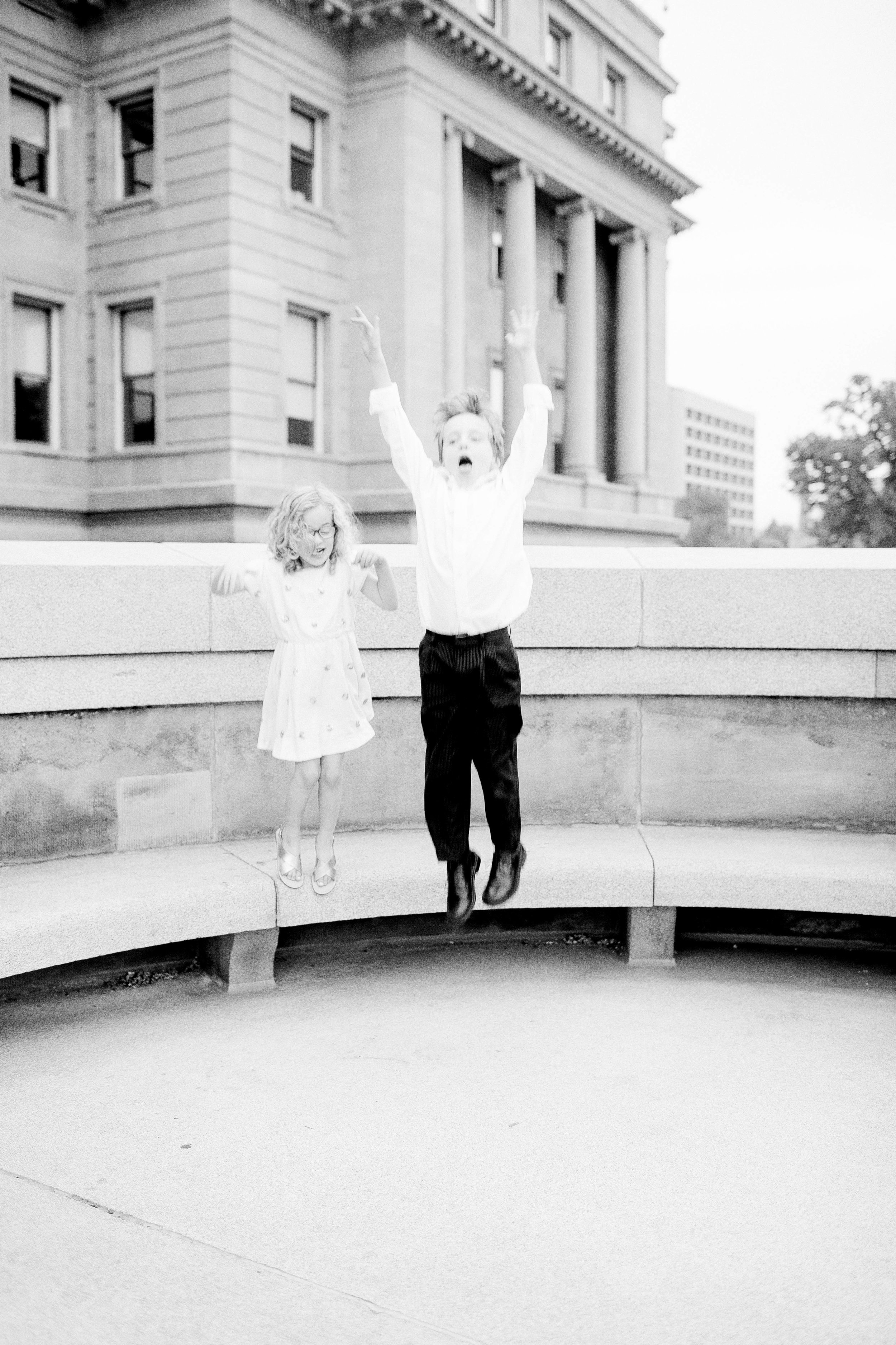 Boise Capital Building- Boise Capital Family Photos- Boise Capital Family Session- Boise Family Photographer- Idaho Family Photographer- Downtown Boise Family Session- North End- Downtown Boise