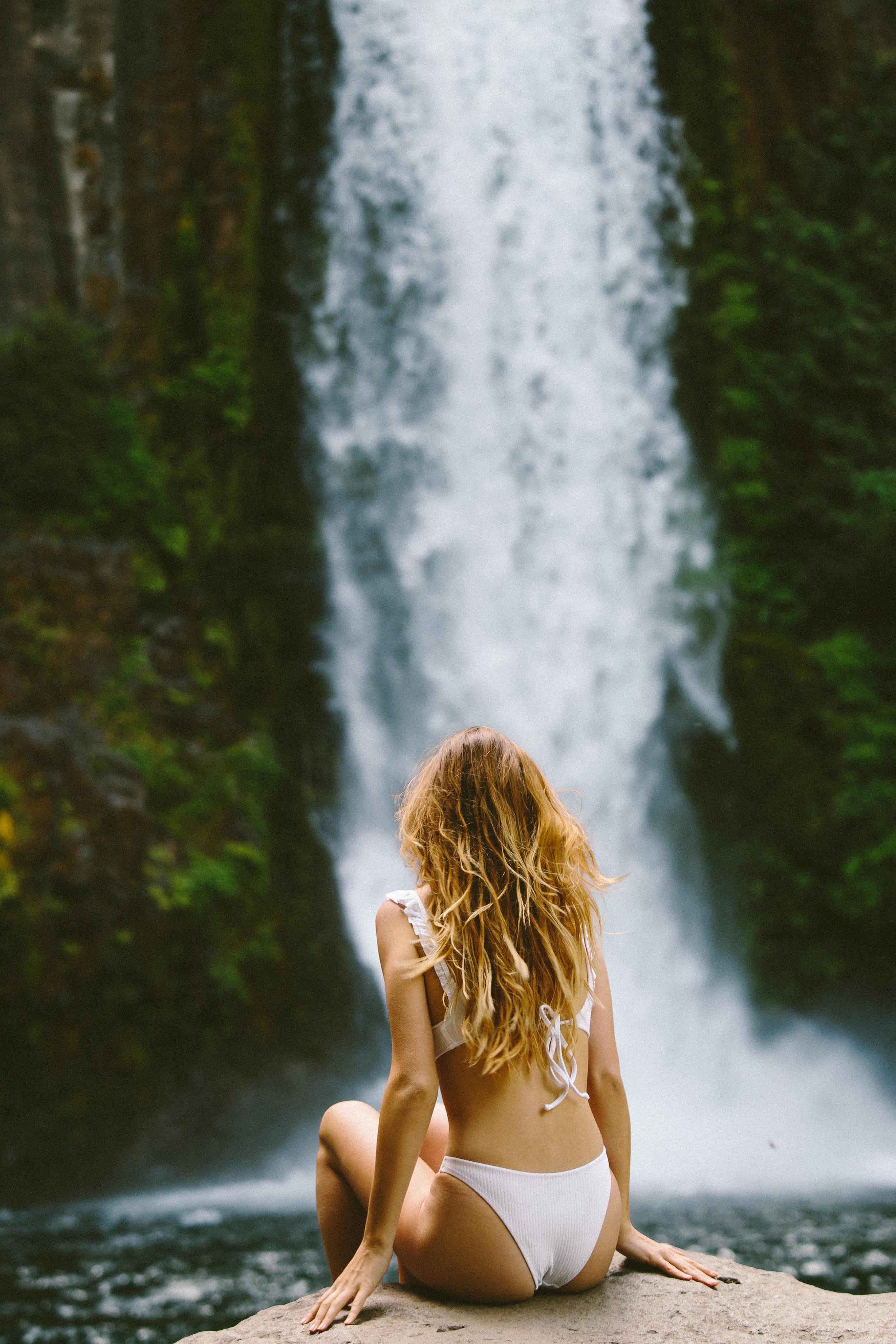 Nicole Knox X Toketee Falls
