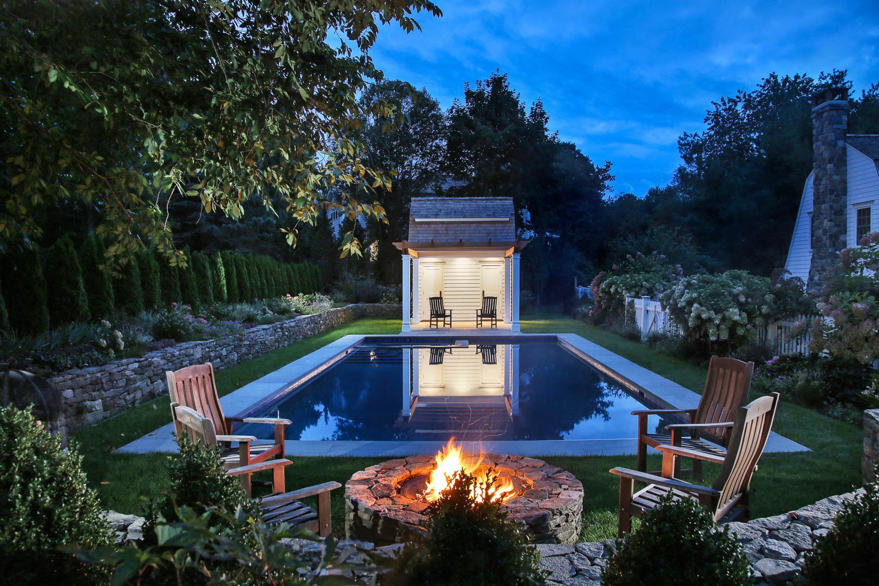 11-Pool to Pool House Night.jpg