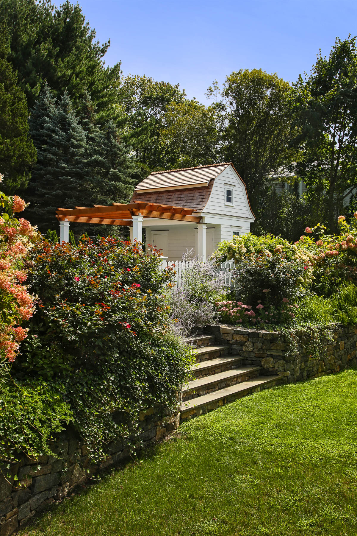 2-Side View with Garden.jpg