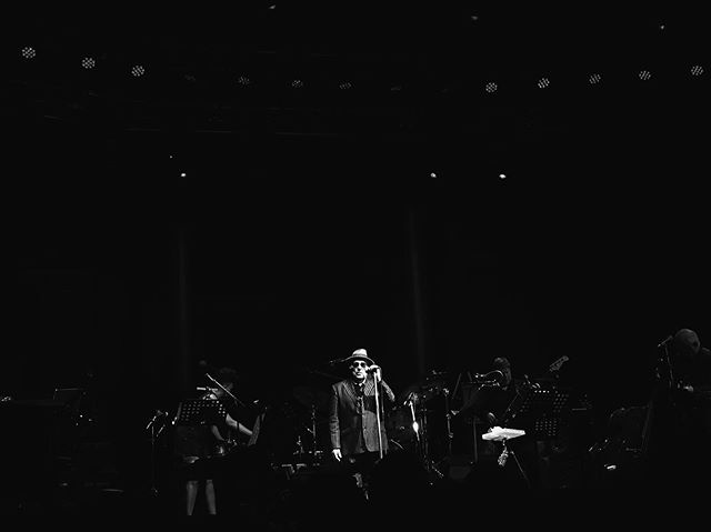 27 years in the making...and I've finally seen Van Morrison. 🌙 #sweetthing