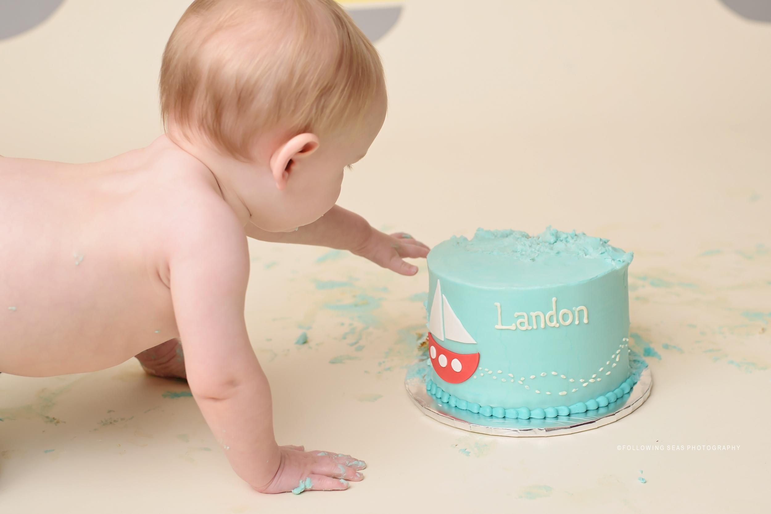 Bremerton Cake Smash-3429.jpg