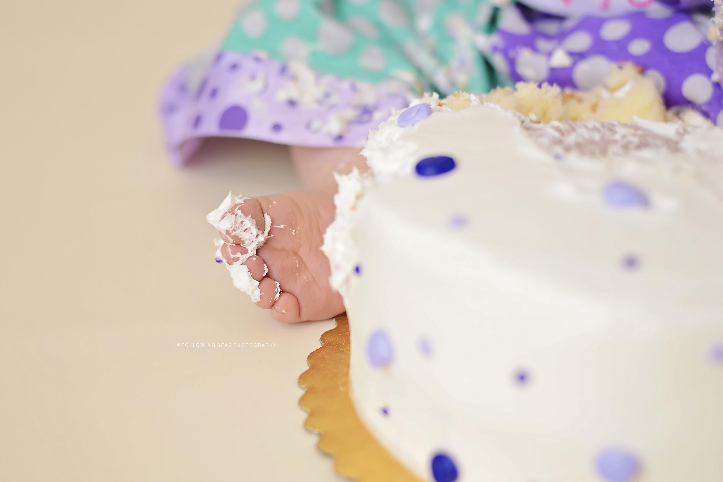 Bremerton Cake Smash Photographer-5132 copy.jpg