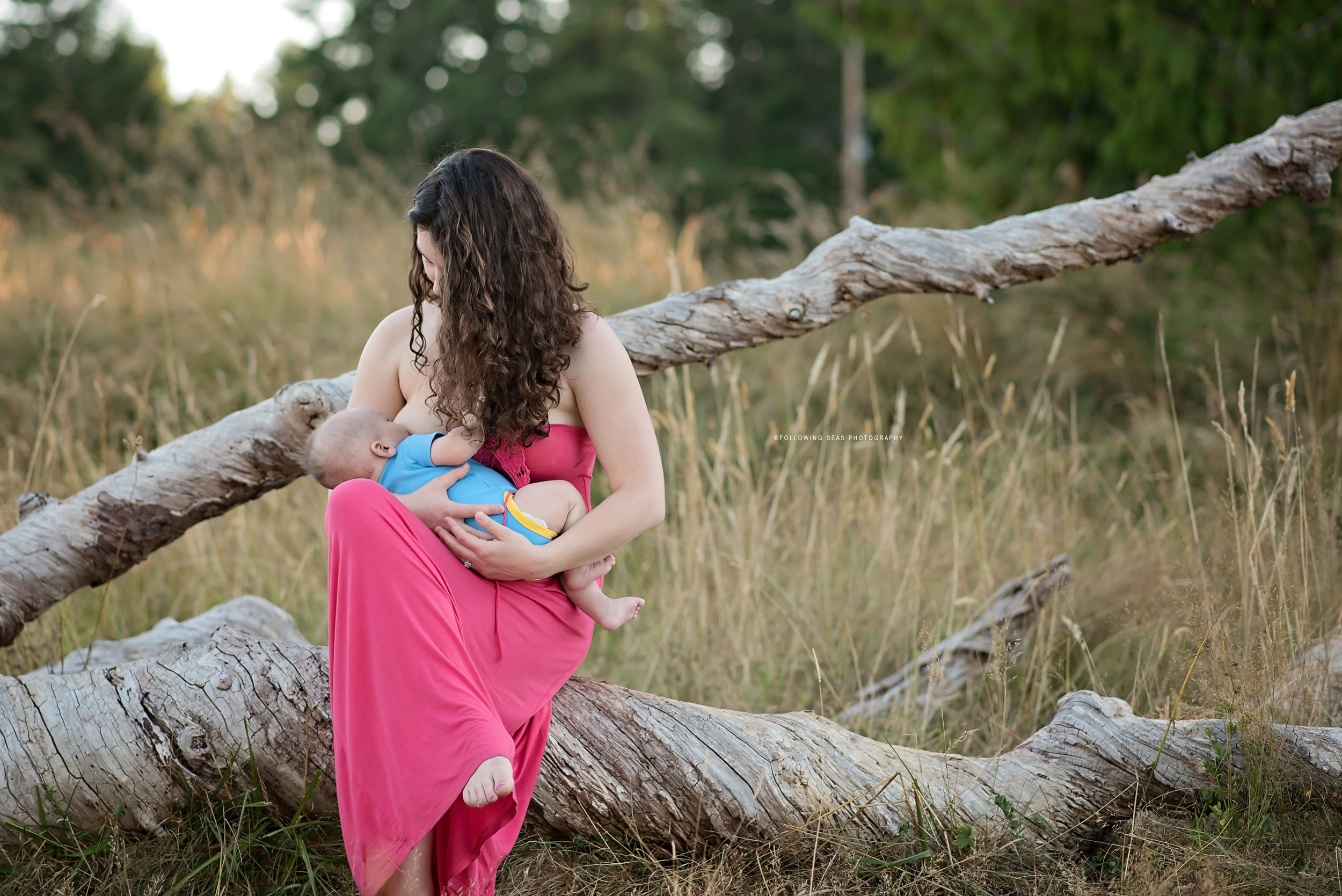 Port-Orchard-Breastfeeding-Photographer-Following-Seas-Photography-9948 copy.jpg