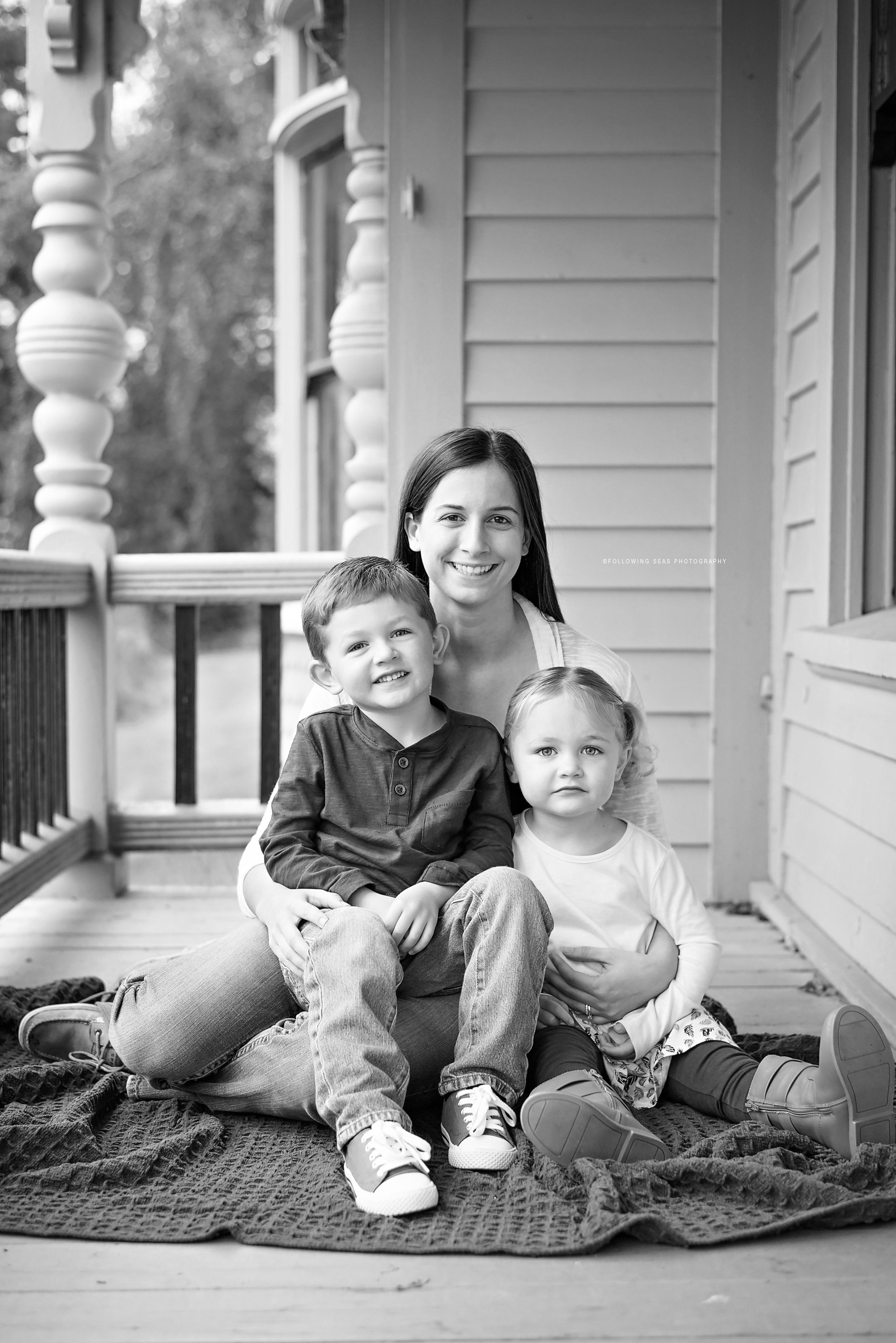 Bremerton-Family-Photographer-Following-Seas-Photography-0176 copyBW copy.jpg