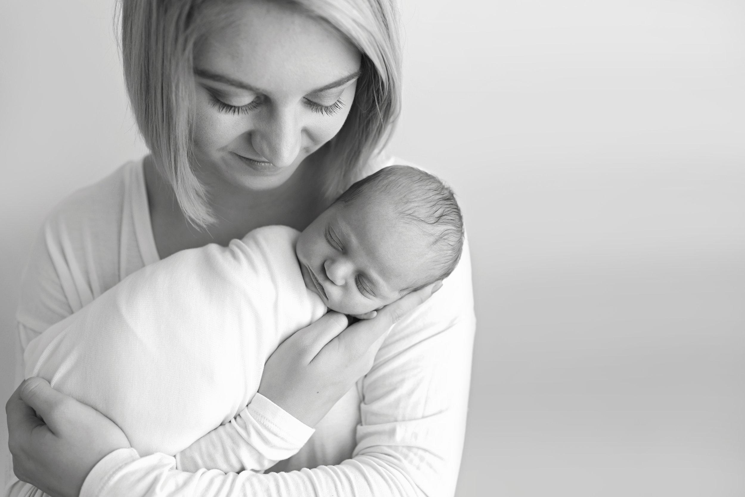Charleston-Newborn-Photographer-Following-Seas-Photography-3001BW copy.jpg