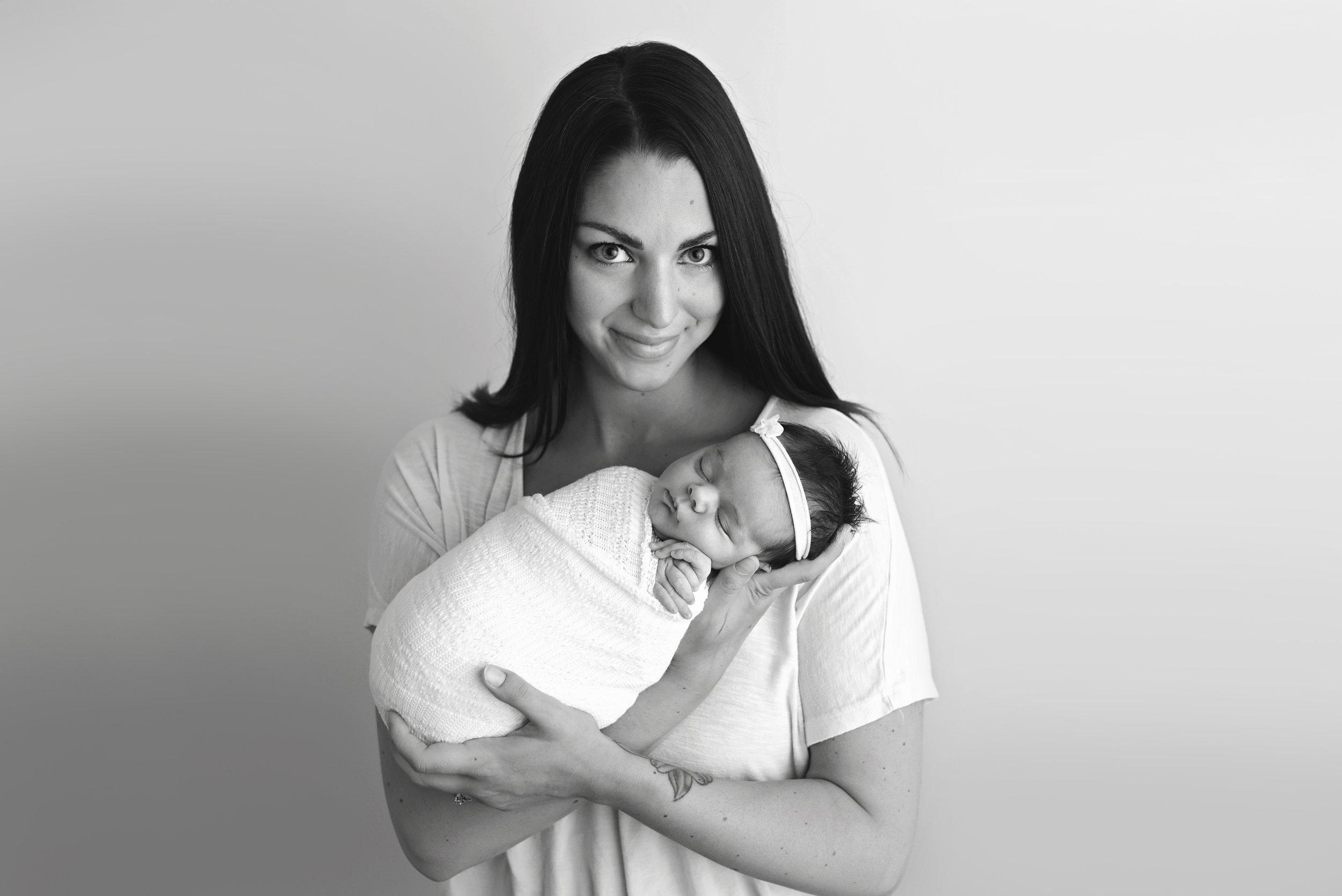 Charleston-Newborn-Photographer-Following-Seas-Photography-7327BW copy.jpg