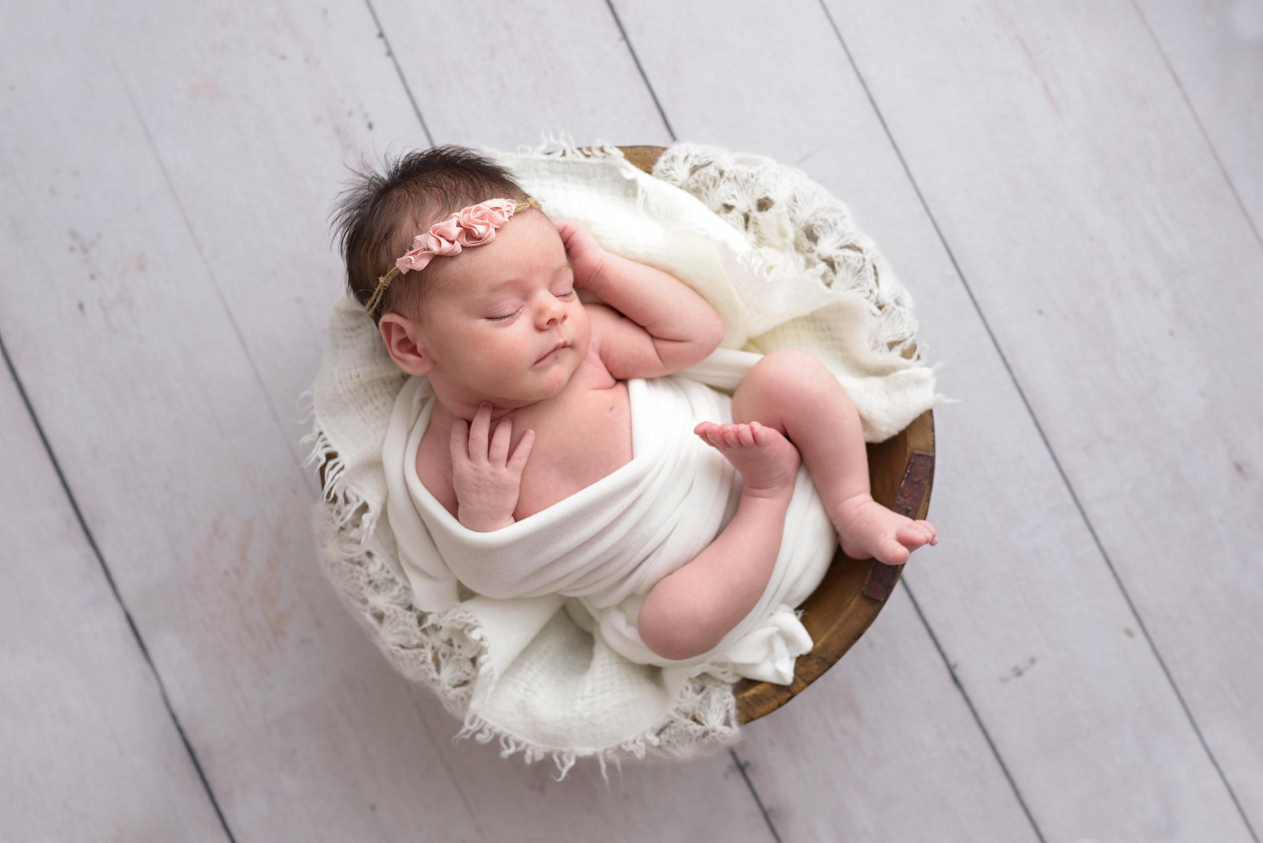 Charleston-Newborn-Photographer-Following-Seas-Photography-7594 copy.jpg