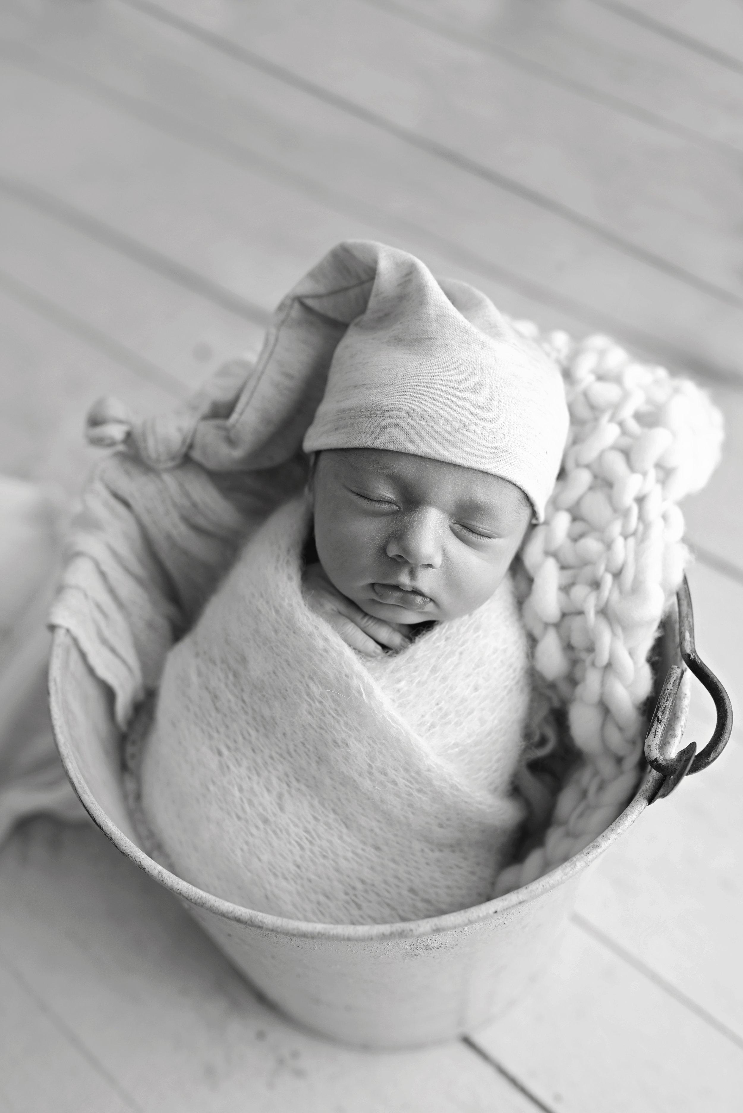 Charleston-Newborn-Photographer-Following-Seas-Photography-5646BW copy.jpg