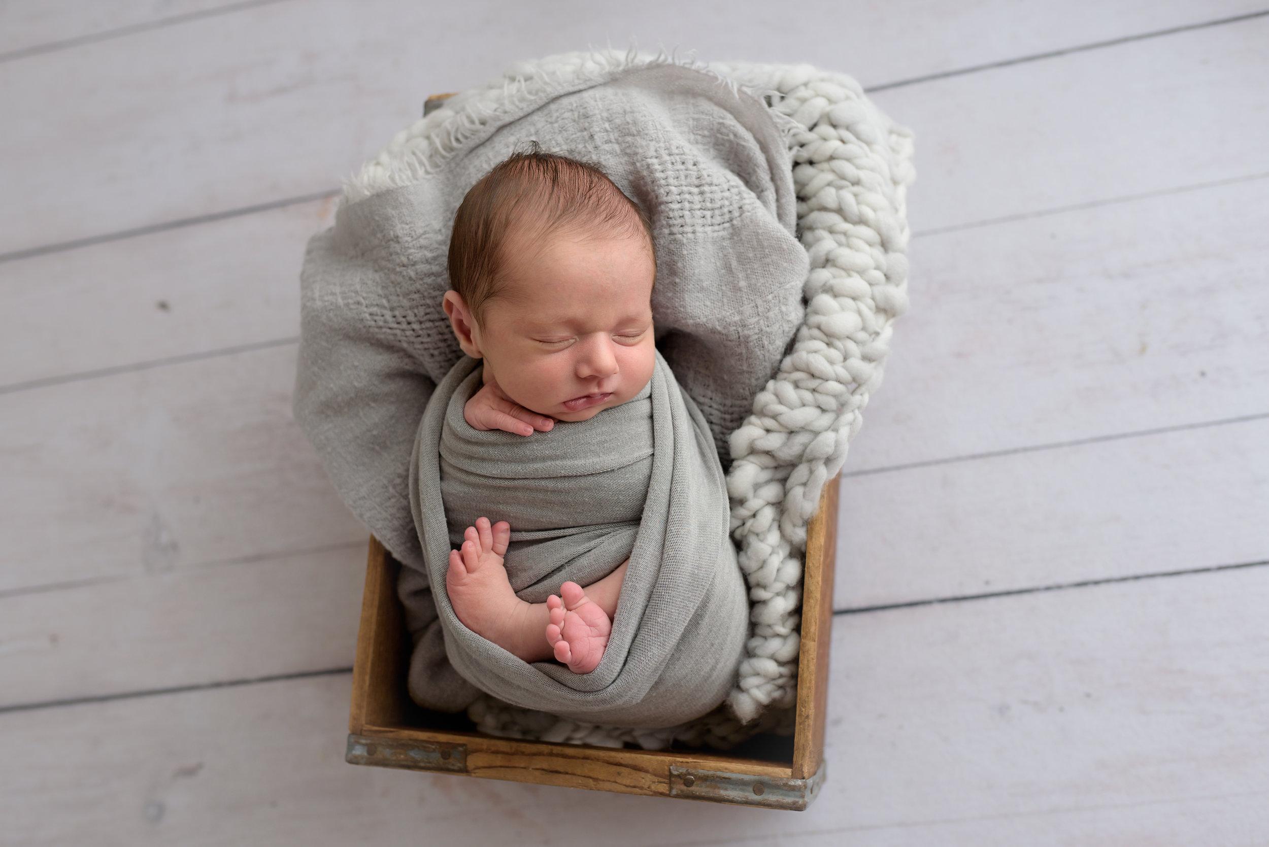 Charleston-Newborn-Photographer-Following-Seas-Photography-5688 copy.jpg