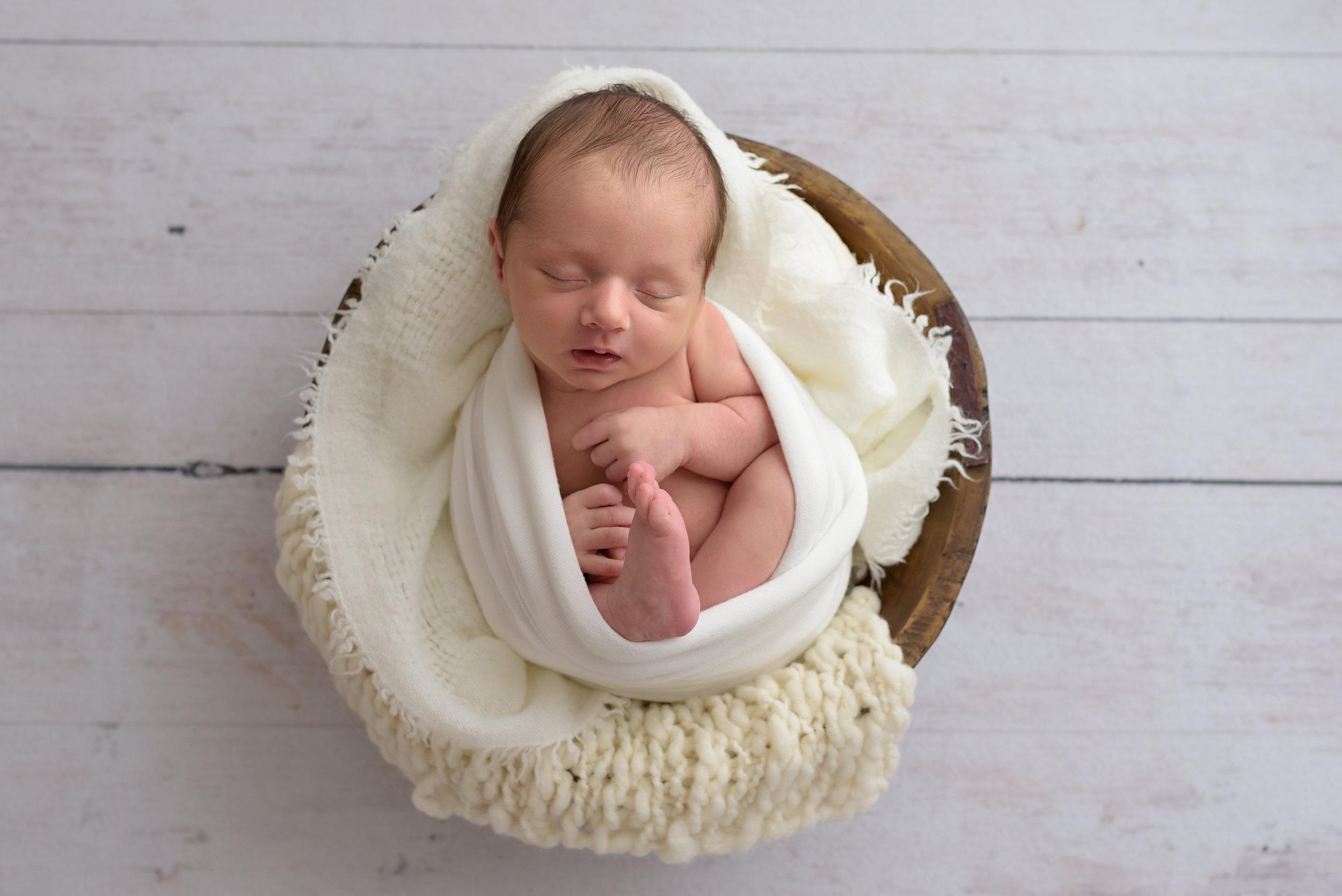 Charleston-Newborn-Photographer-Following-Seas-Photography-5706 copy.jpg