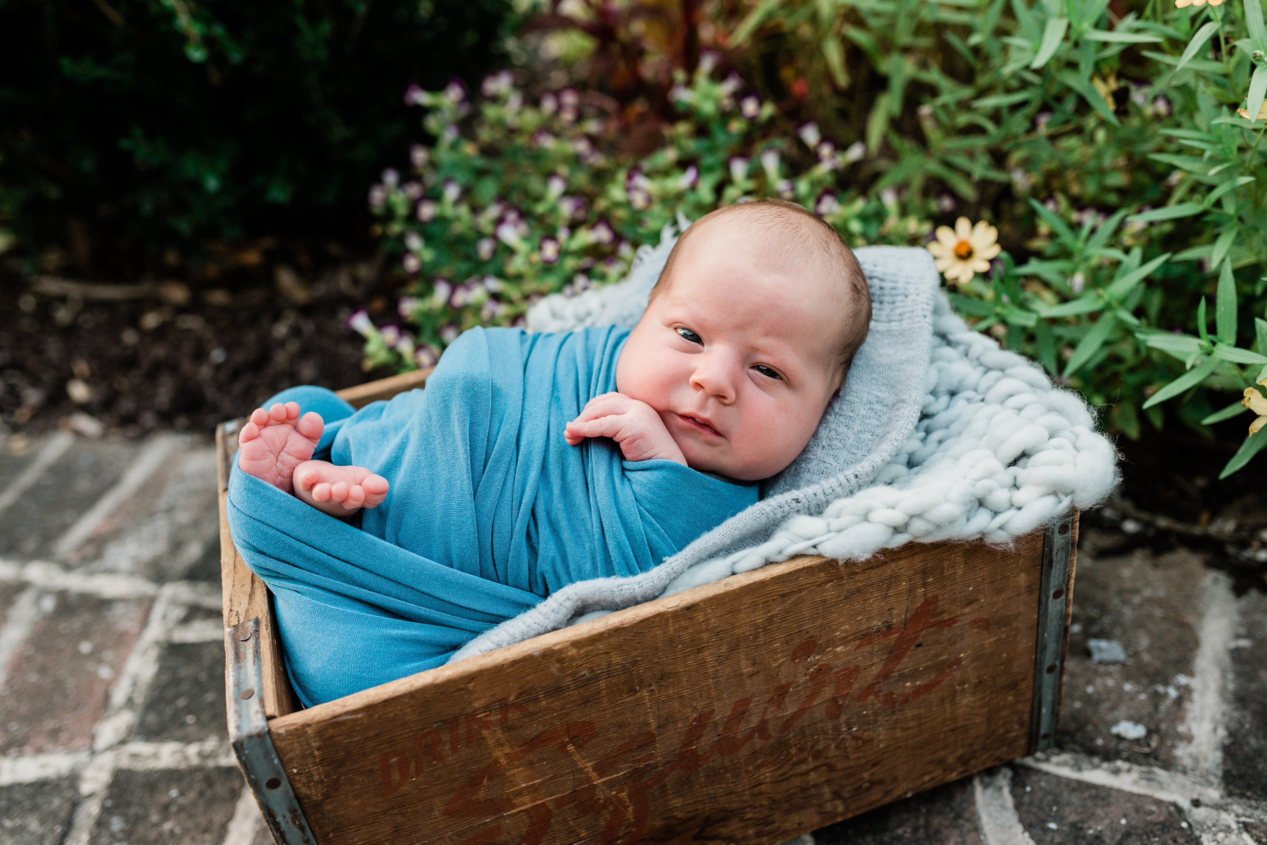 Charleston-Outdoor-Newborn-Photographer-Following-Seas-Photography-6080 copy.jpg