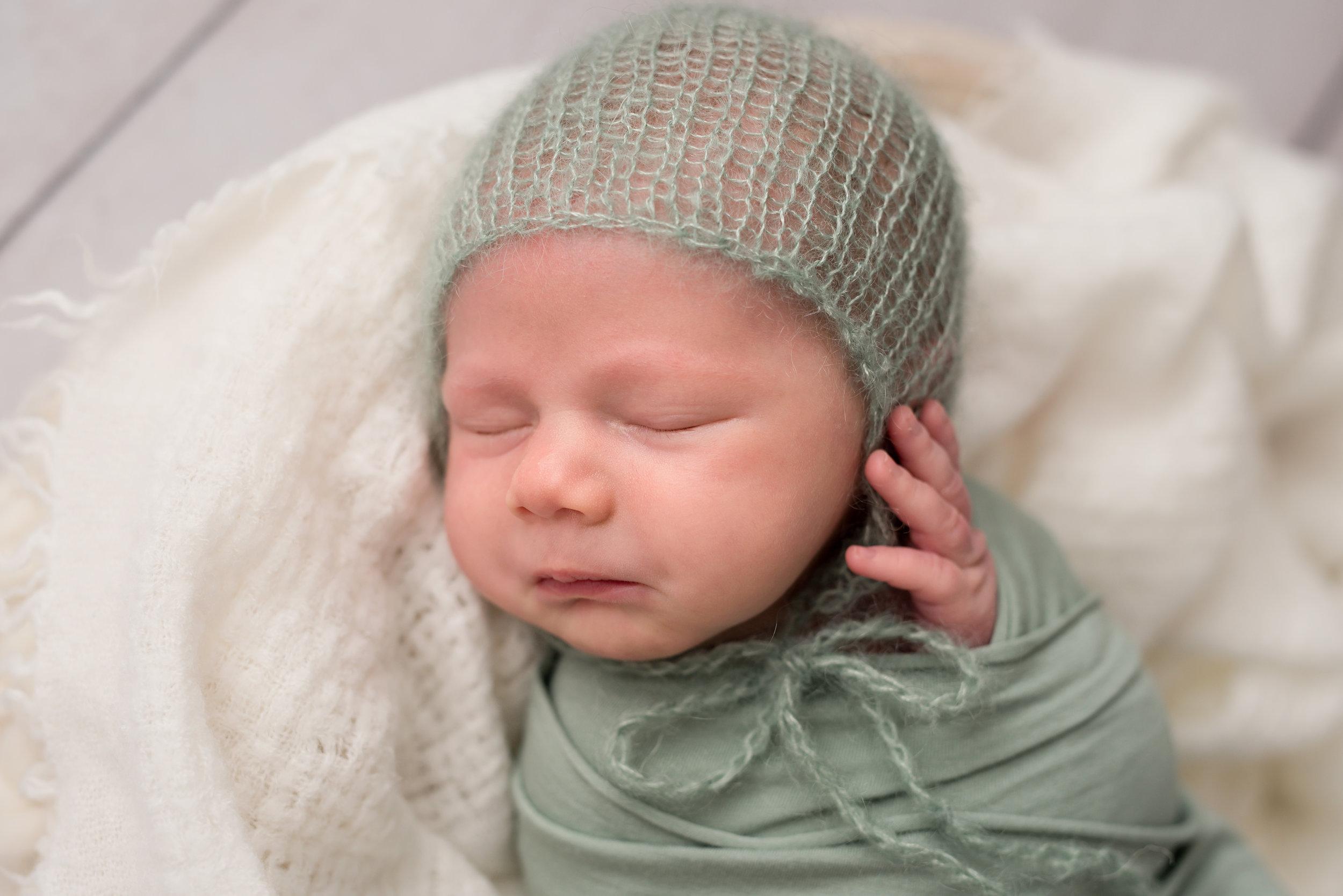 James-Island-Newborn-Photographer-Following-Seas-Photography-FSP_1513 copy.jpg